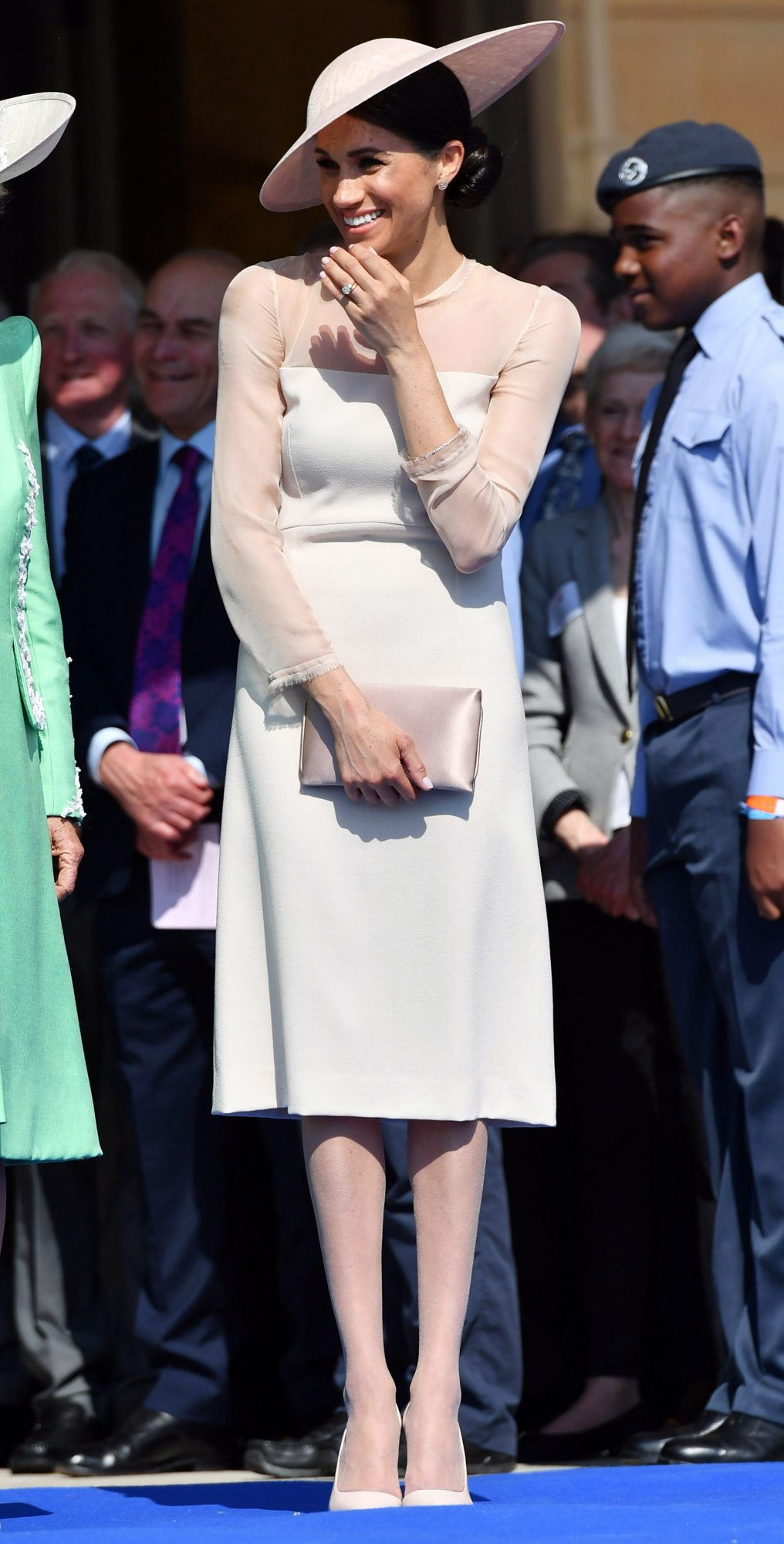 Meghan Markle Is Following the Royal Pantyhose Protocol for the First Time! meghan-1