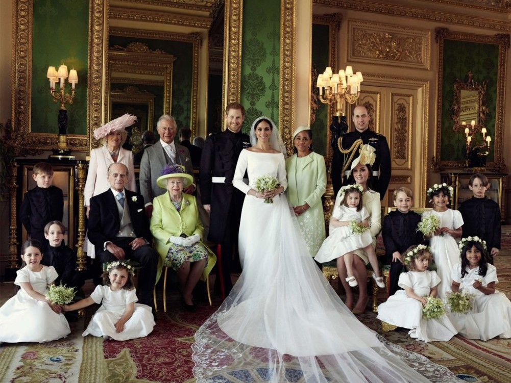 Prince Harry and Meghan Markle's Official Wedding Portraits Have Just Been Released! prince-harry-17