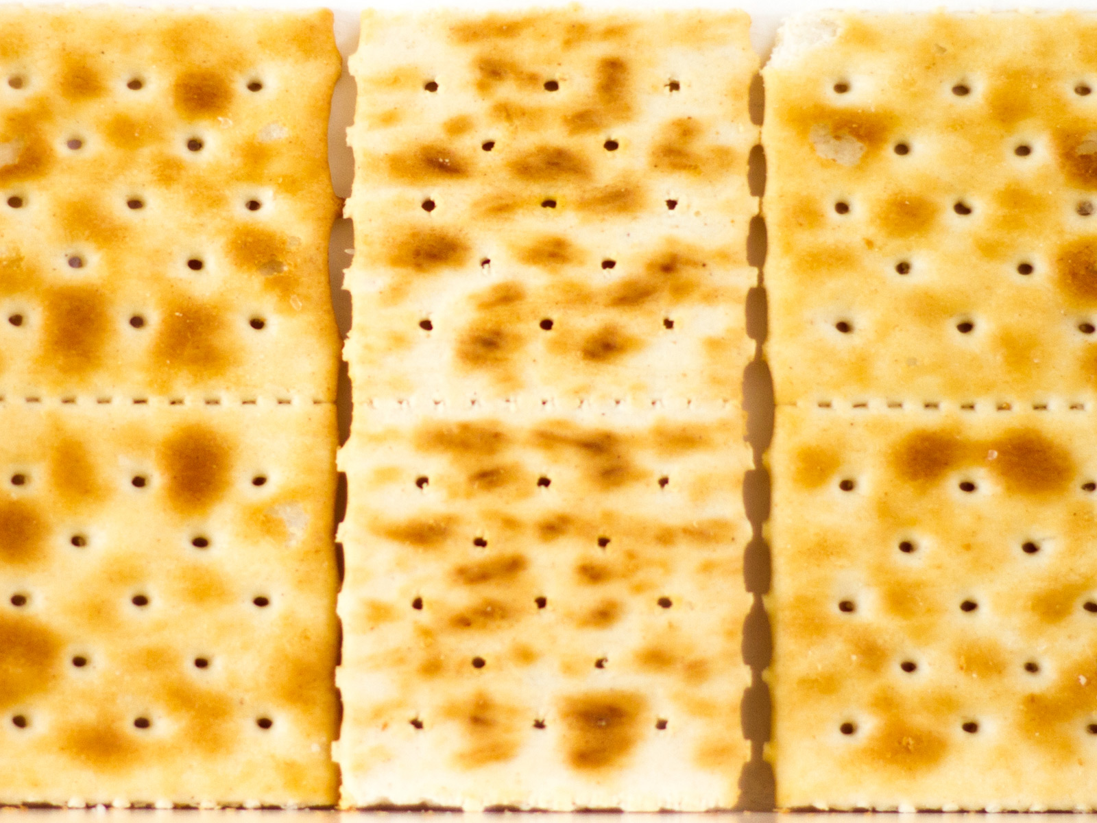 There's a Secret to Making Saltines Even Better