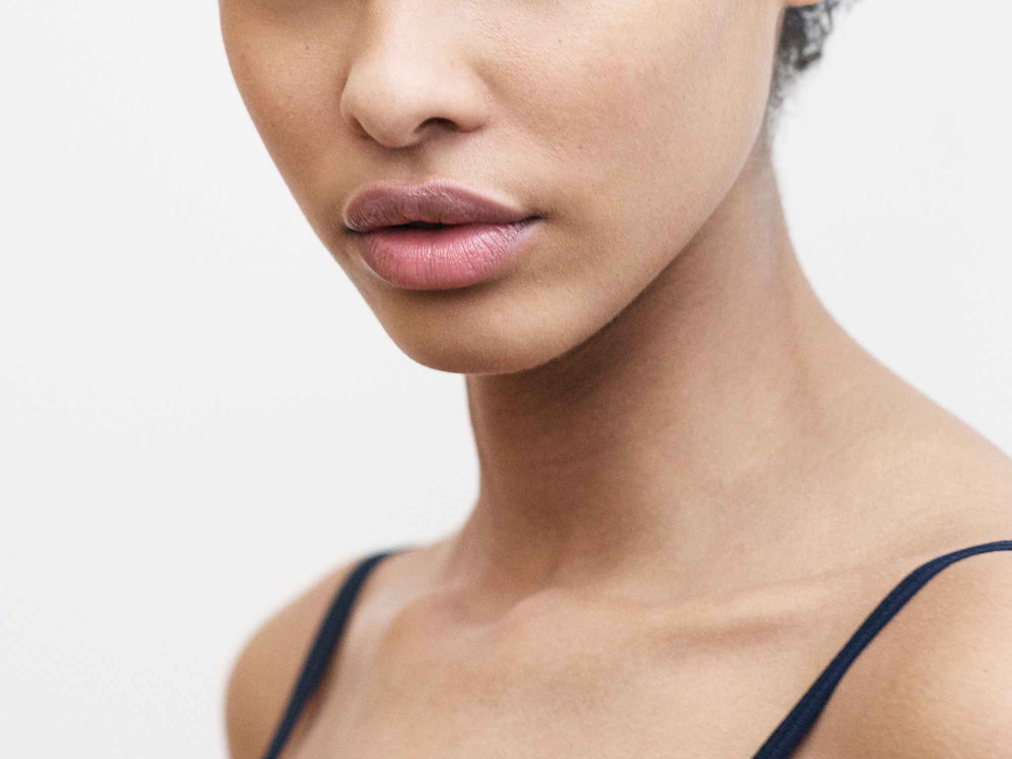 How to Exfoliate Your DryWinter Skin