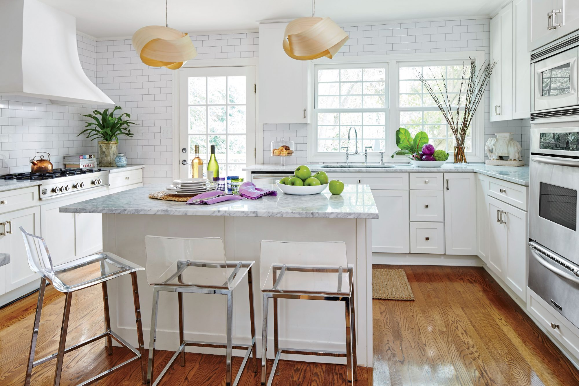Nicola McLaughlin San Antonio, TX Home White Kitchen