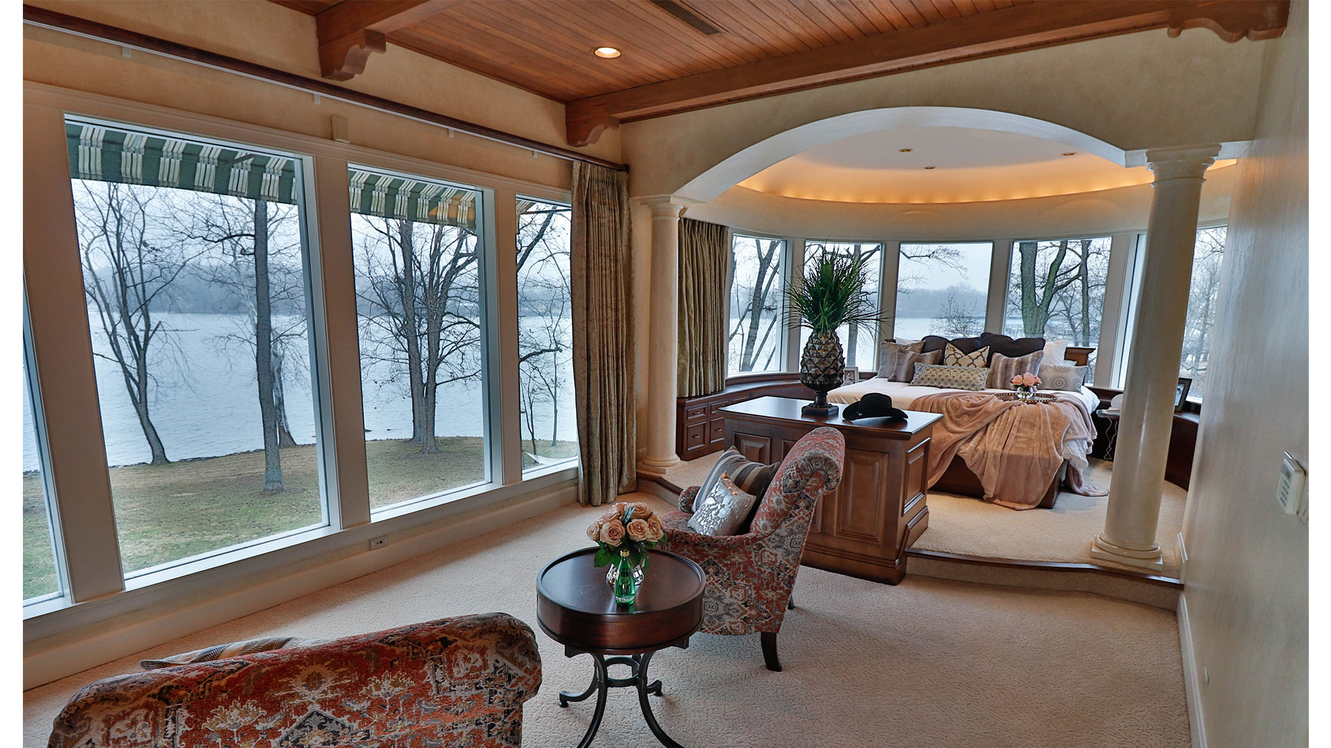 Estate at Cherokee Dock Master Suite