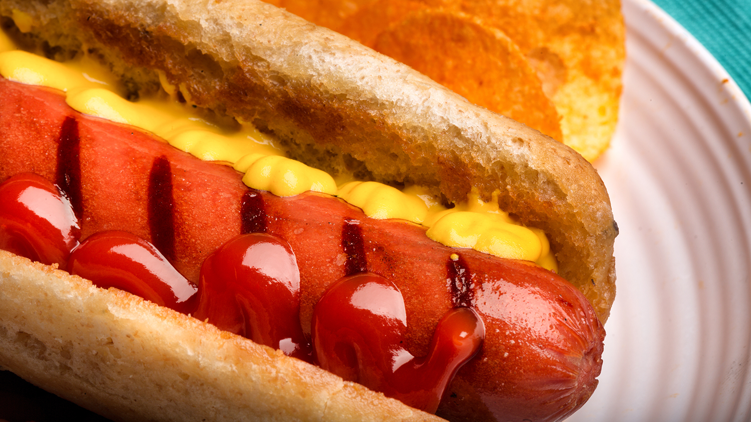 Is a Hot Dog a Sandwich? An Oscar Mayer Rep Says Yes