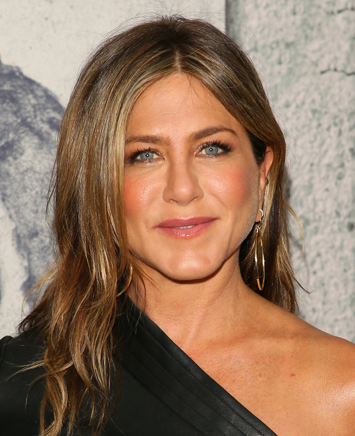 The Secret to Jennifer Aniston's Waves Is Sold at Walmart — And It's Only $2