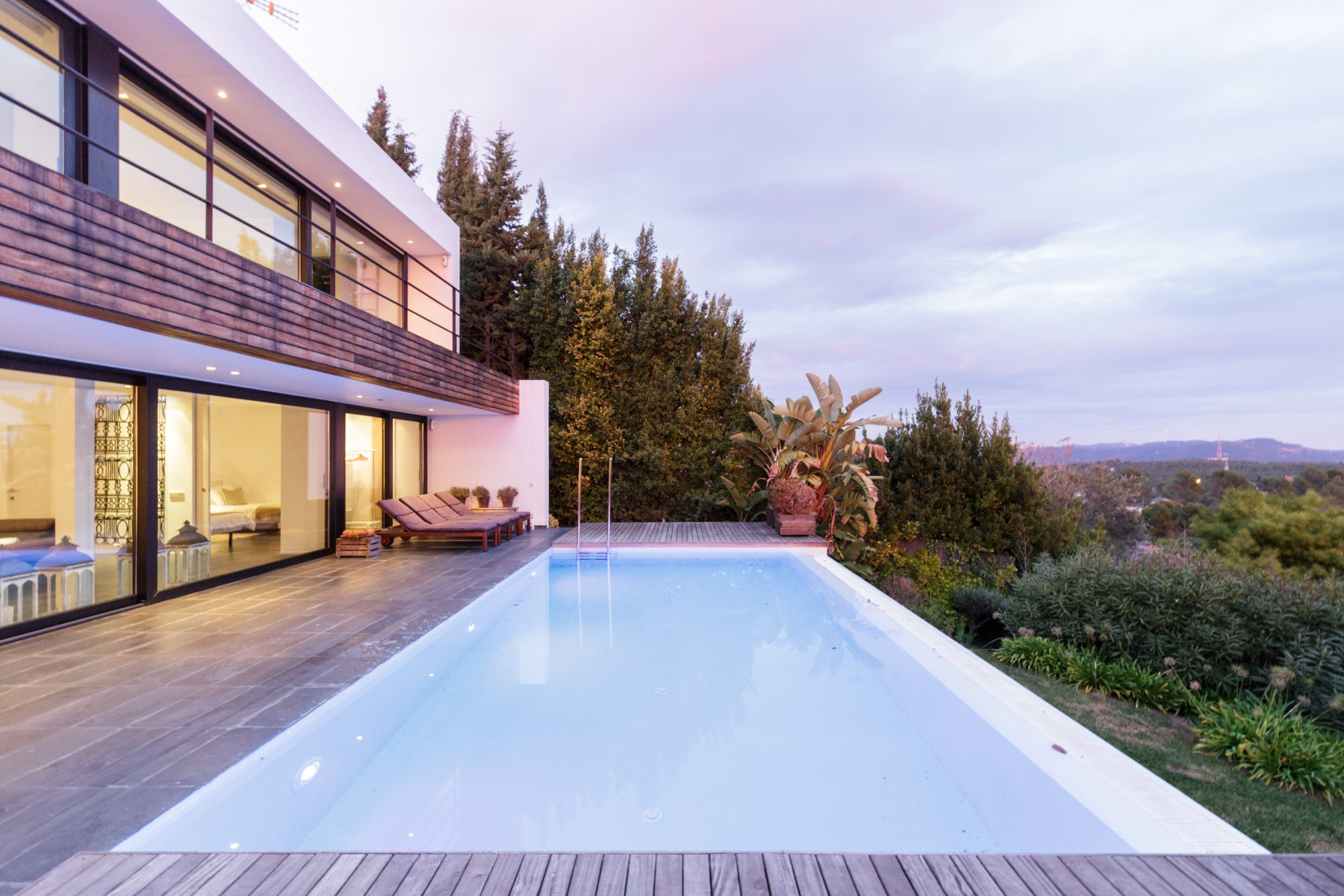 Airbnb Plus with Pool