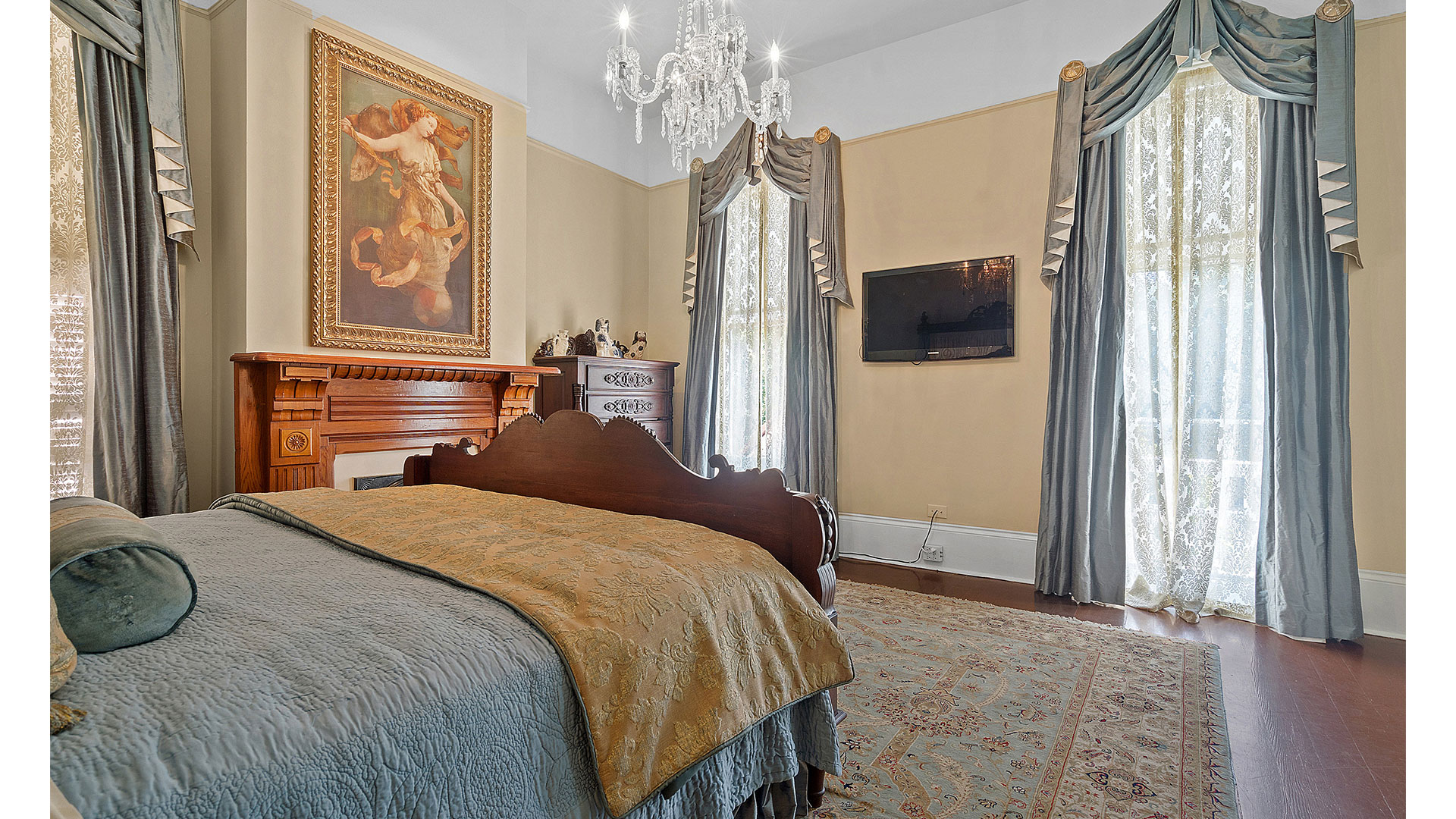 New Orleans Blue Lady Master Bedroom
