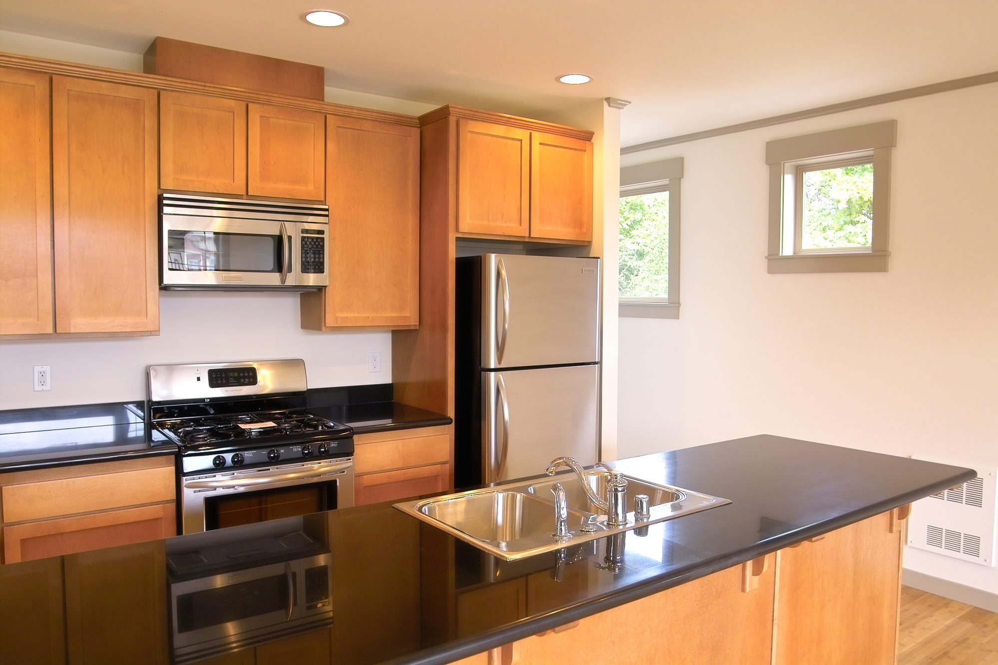 This $20 Lighting Trick Will Make a Huge Difference in Your Rental Kitchen