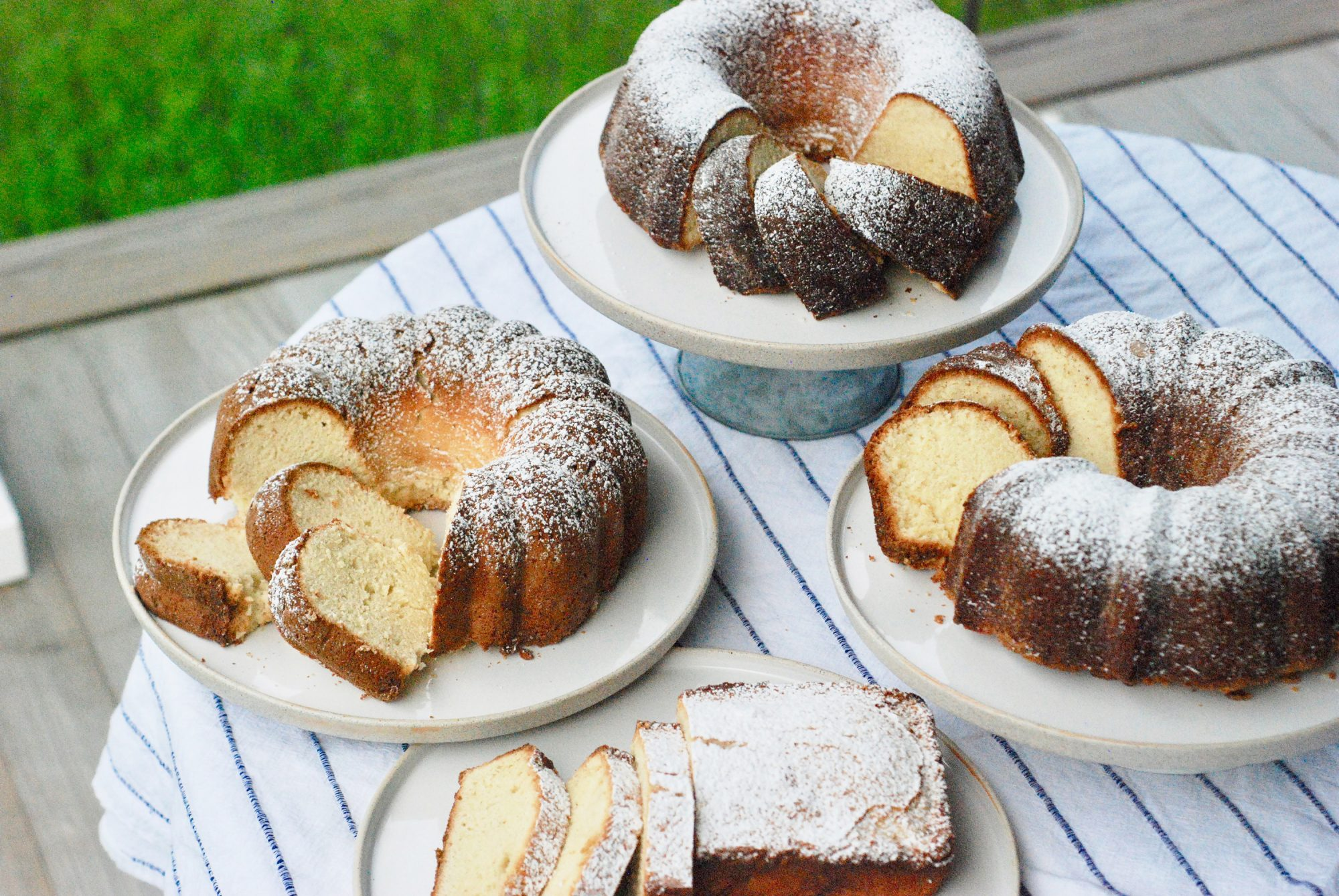 4 Types of Pound Cakes