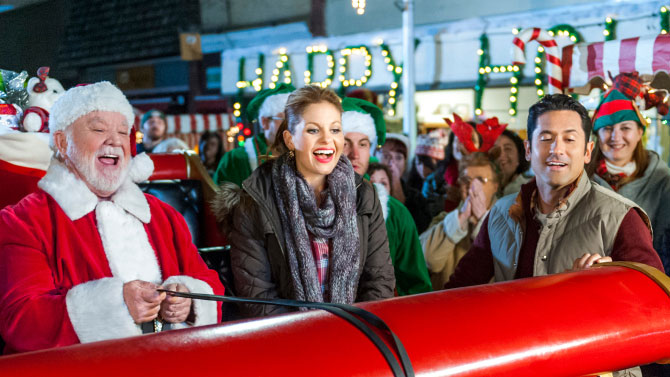 The Top 15 Most-Watched Hallmark Christmas Movies, According to ...