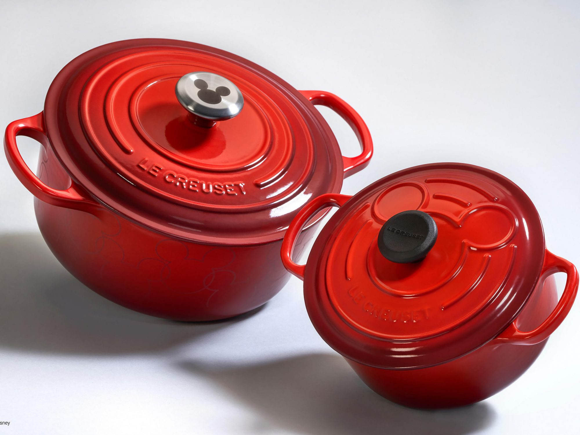 Le Creuset Brings the Magic This Fall With Disney-Themed Cookware 1810w-Le-Creuset-Mickey-Collection