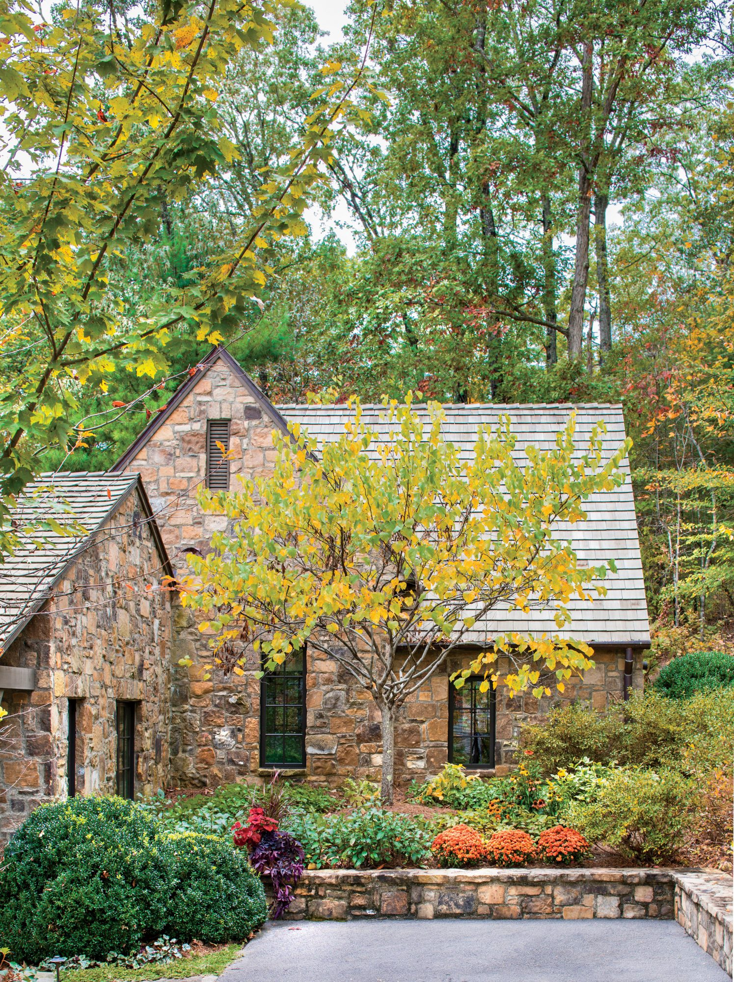 Sara Hedstrom Pinnell Walland, TN Cabin in Fall Color