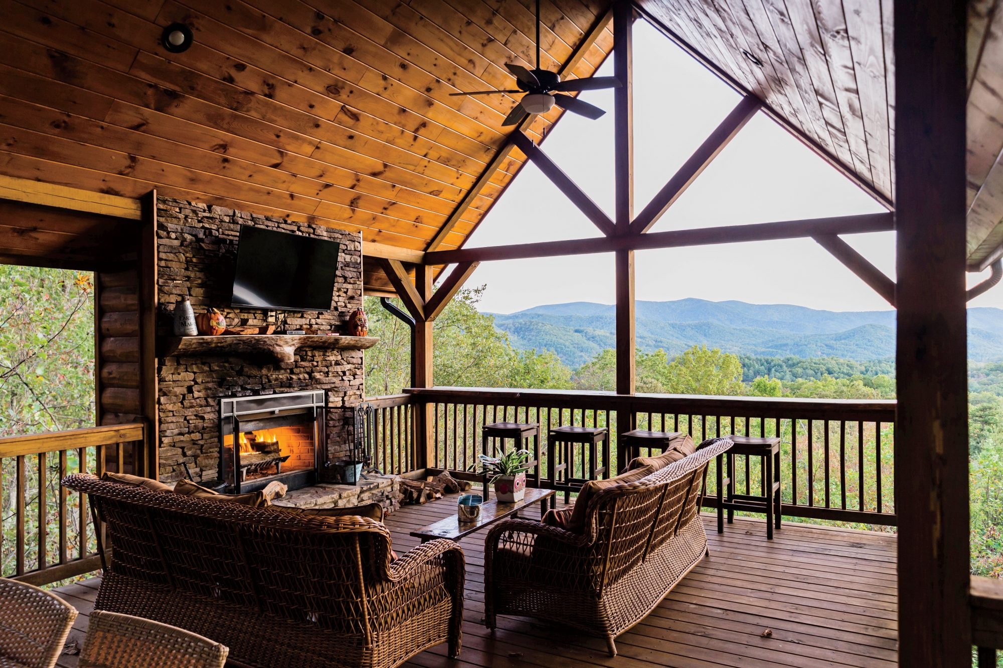 Mountain Top Cabin Rentals in Blue Ridge Mountains
