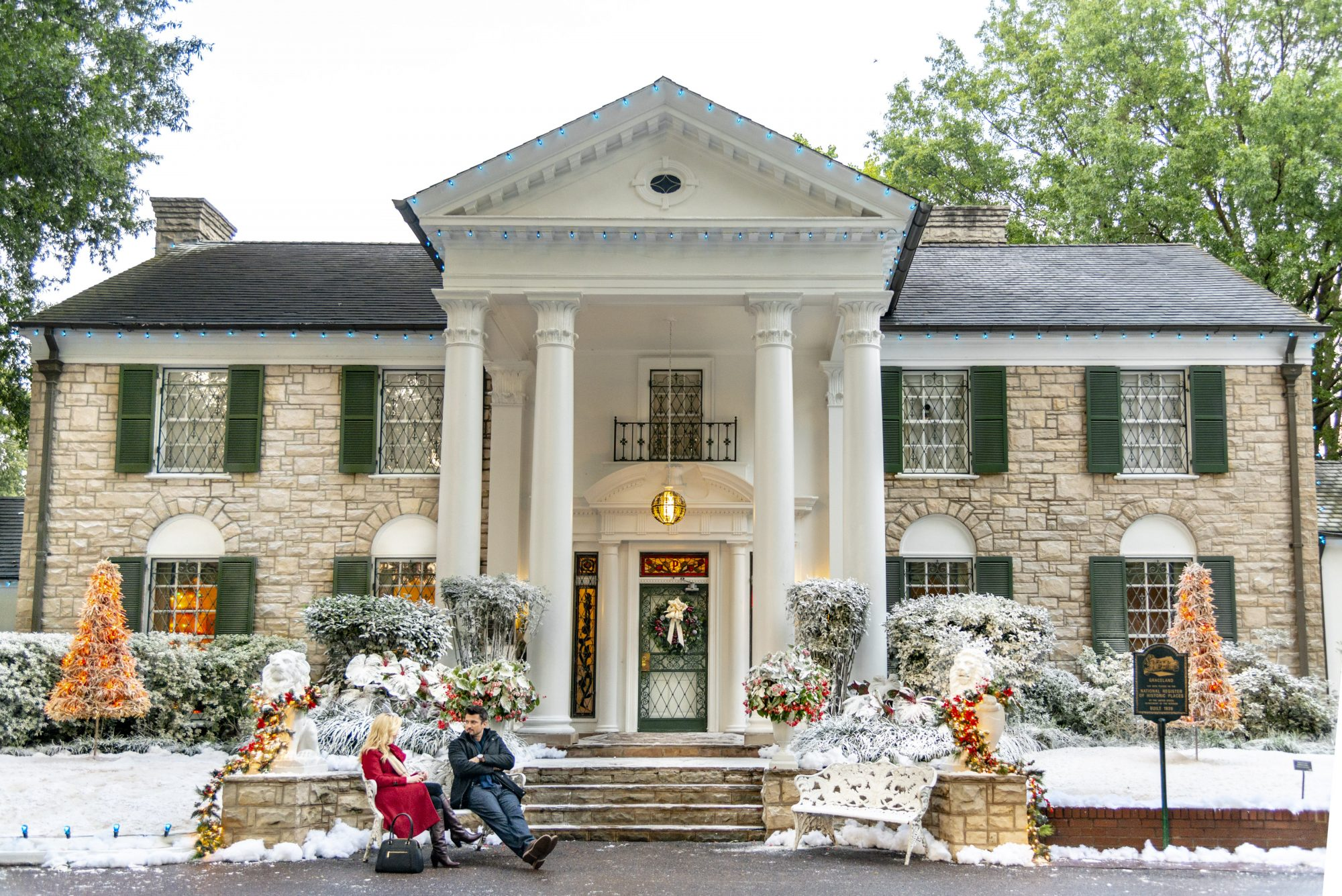 Christmas In Graceland.Christmas At Graceland A New Hallmark Channel Movie