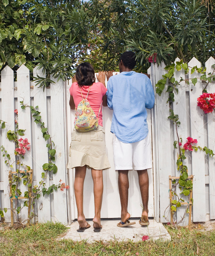 The 3 Things That Make You a Bad Neighbor, According to a New Survey