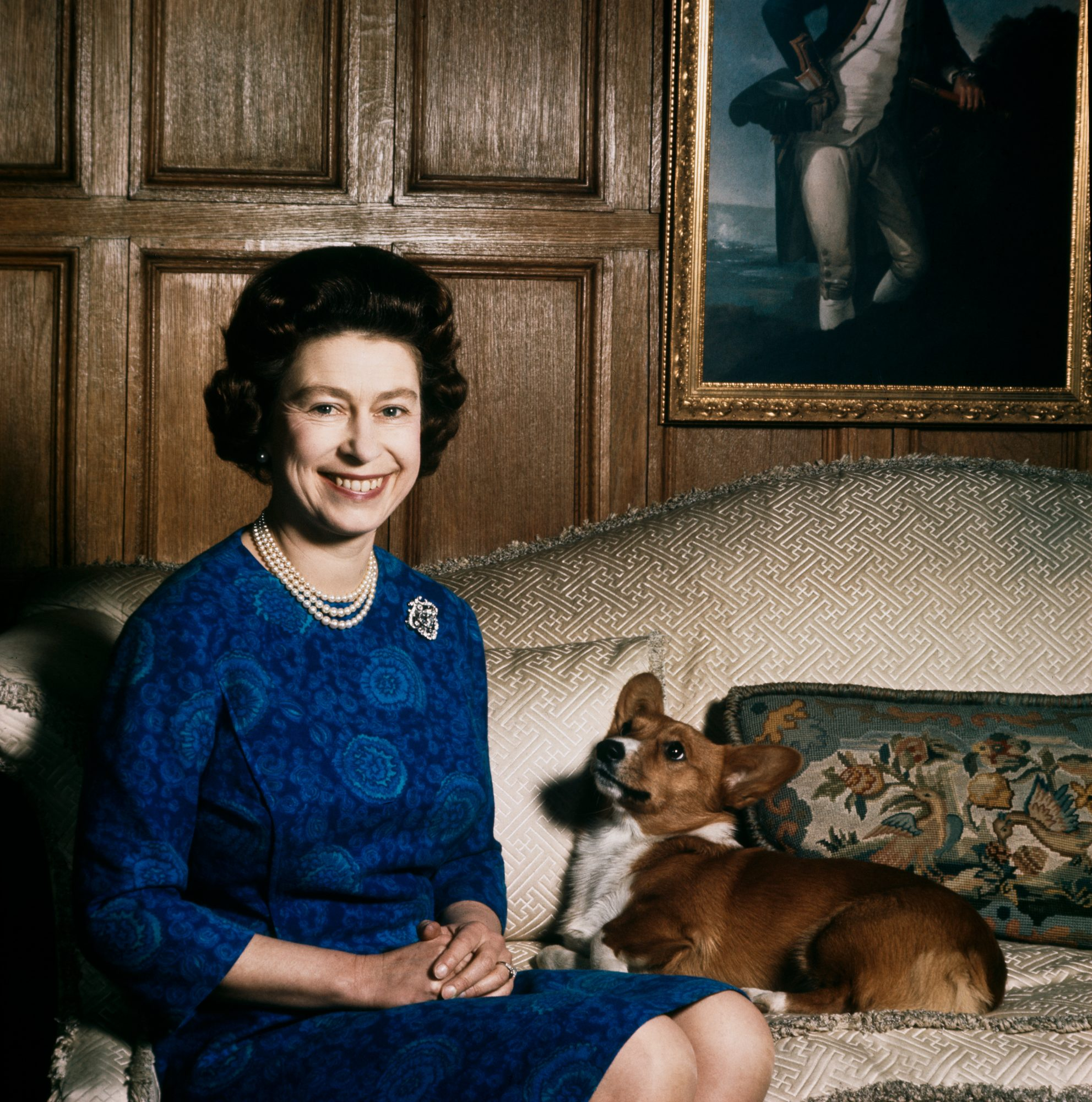 Queen Elizabeth and Corgi in 1970