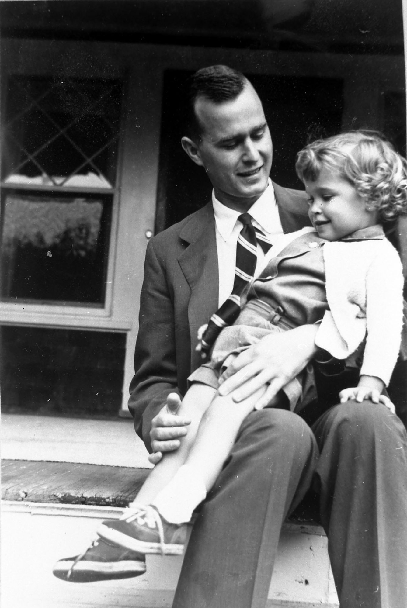 All About the Moving Letter George H.W. Bush Wrote After the Death of His 3-Year-Old Daughter