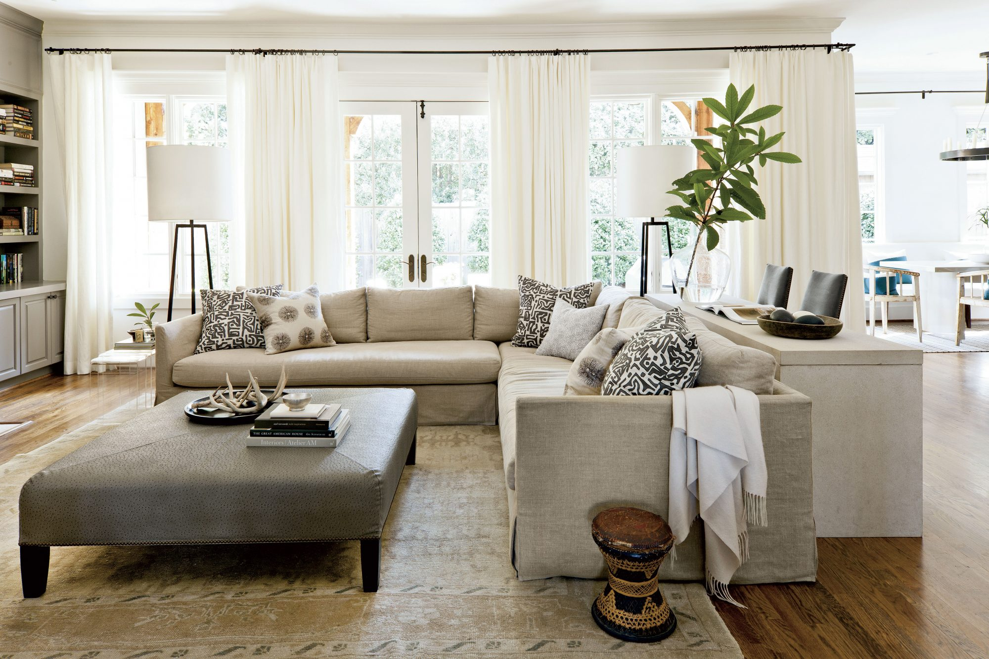 We love this gray paint color for living rooms southern - Neutral colors to paint a living room ...