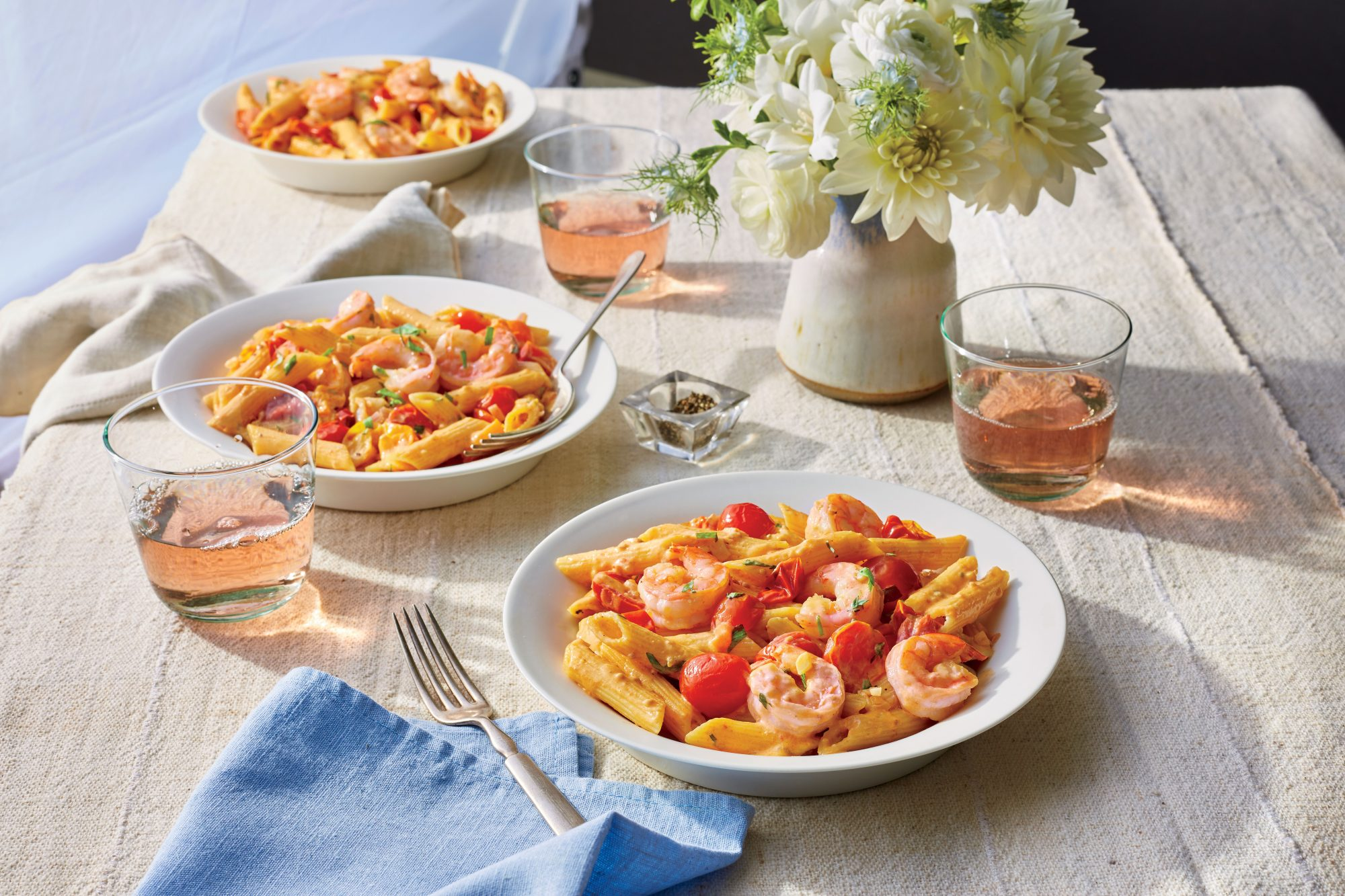 Pasta with Shrimp and Tomato Cream Sauce