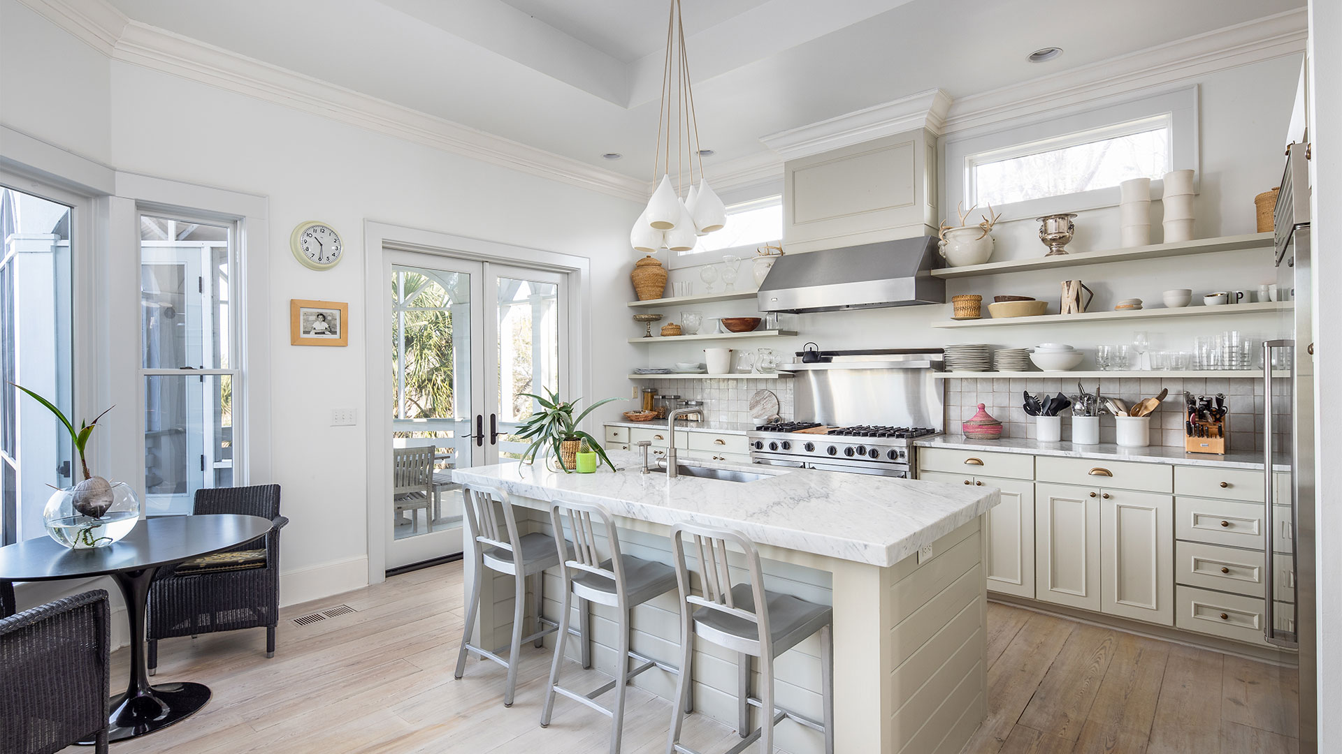 Thompson Avenue Sullivans Island Kitchen