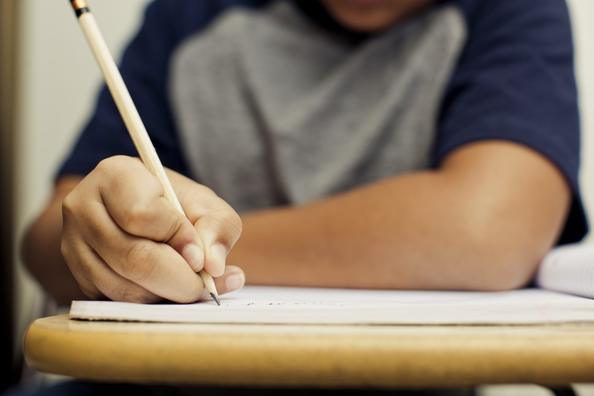 WATCH: Mama Was Right! Study Shows Students Learn Better When They Take Handwritten Notes