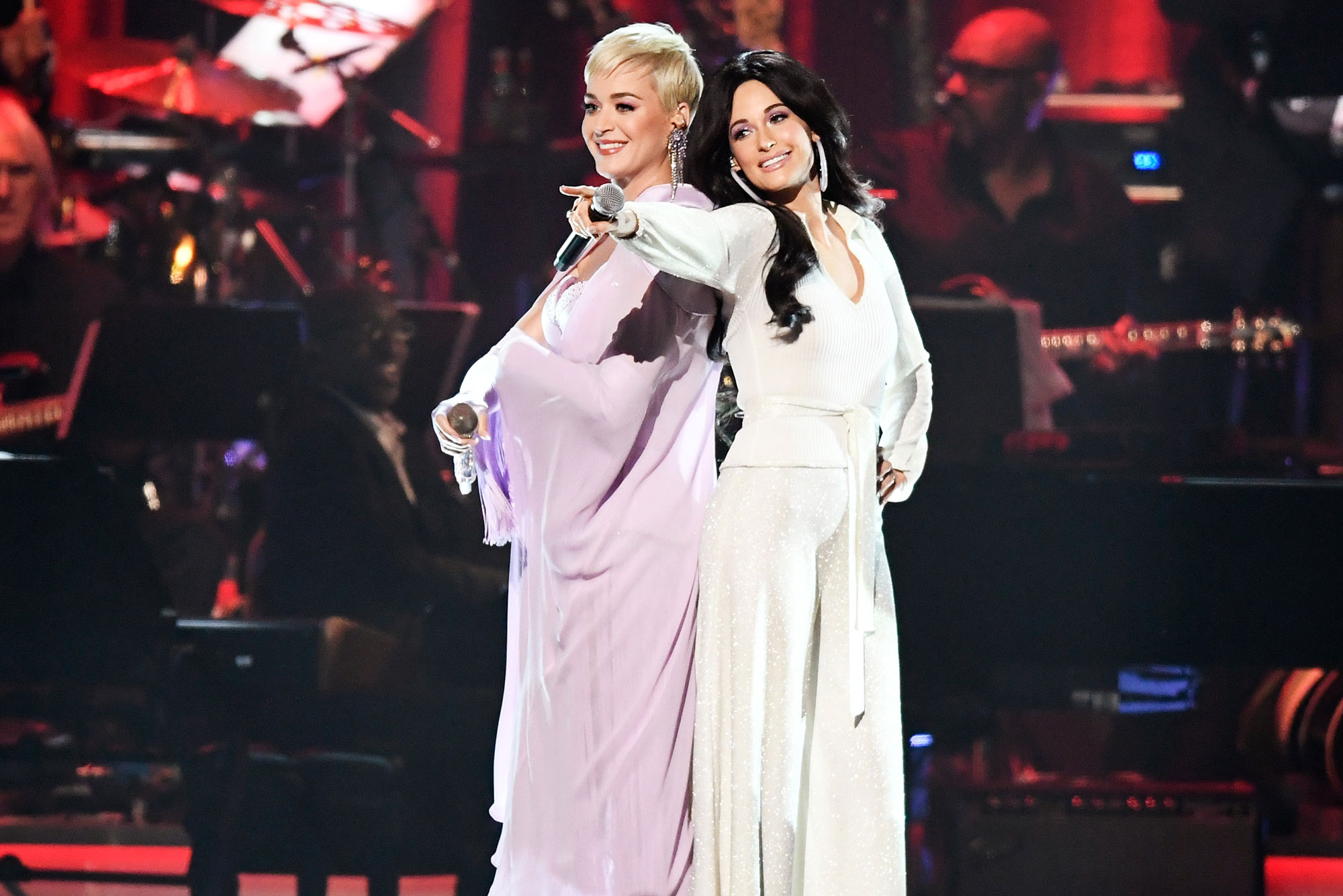 Katy Perry, Miley Cyrus, Garth Brooks, Willie Nelson and more pay tribute to Dolly Parton at MusiCares 2019 Person of the Year grammy-n