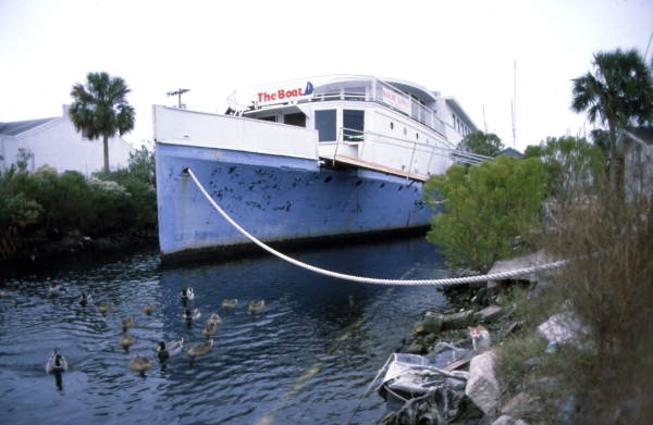 When He Dies, This Florida Man Plans to Be Entombed in His Beloved Boat