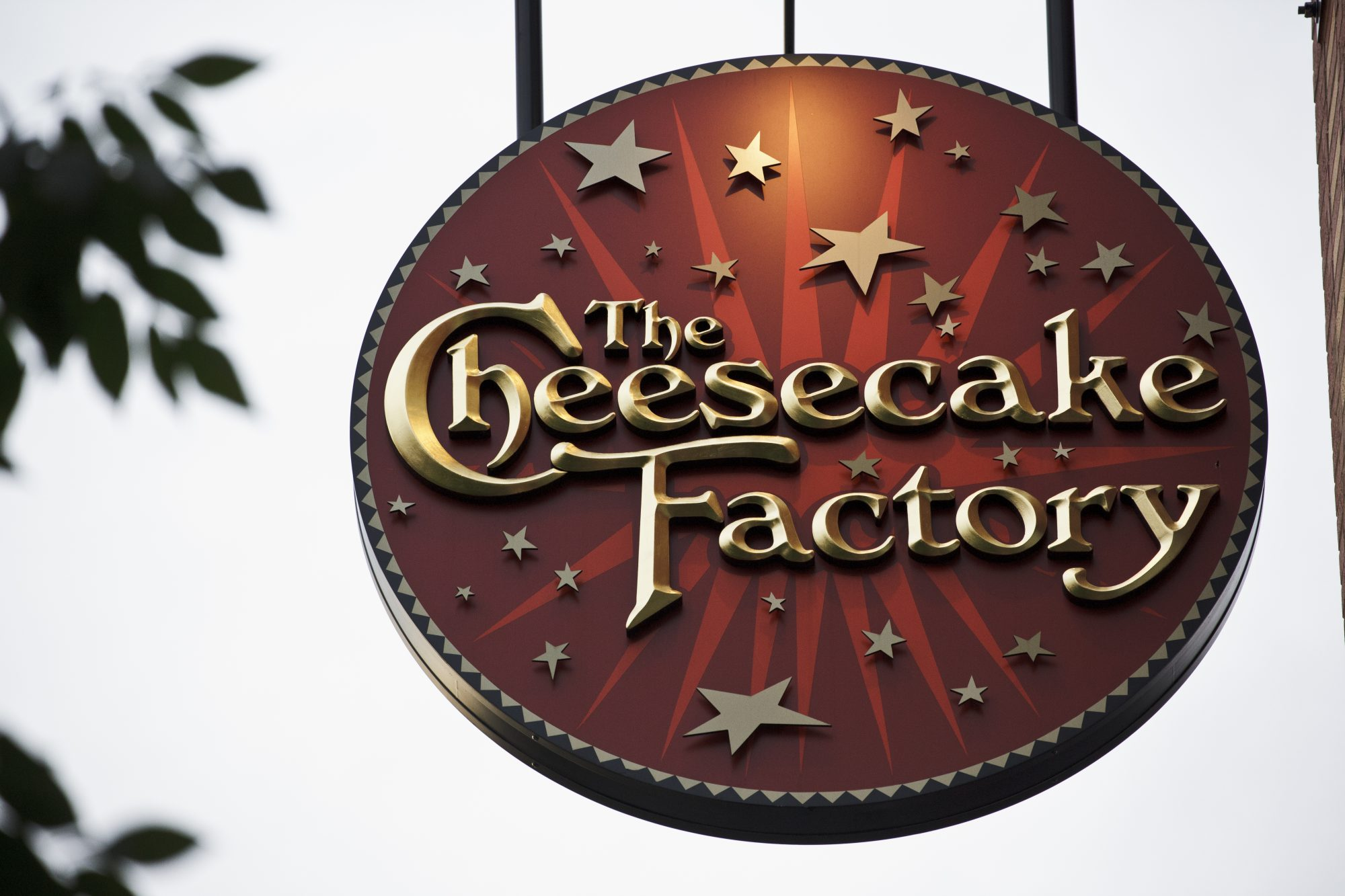 The Cheesecake Factory Sign