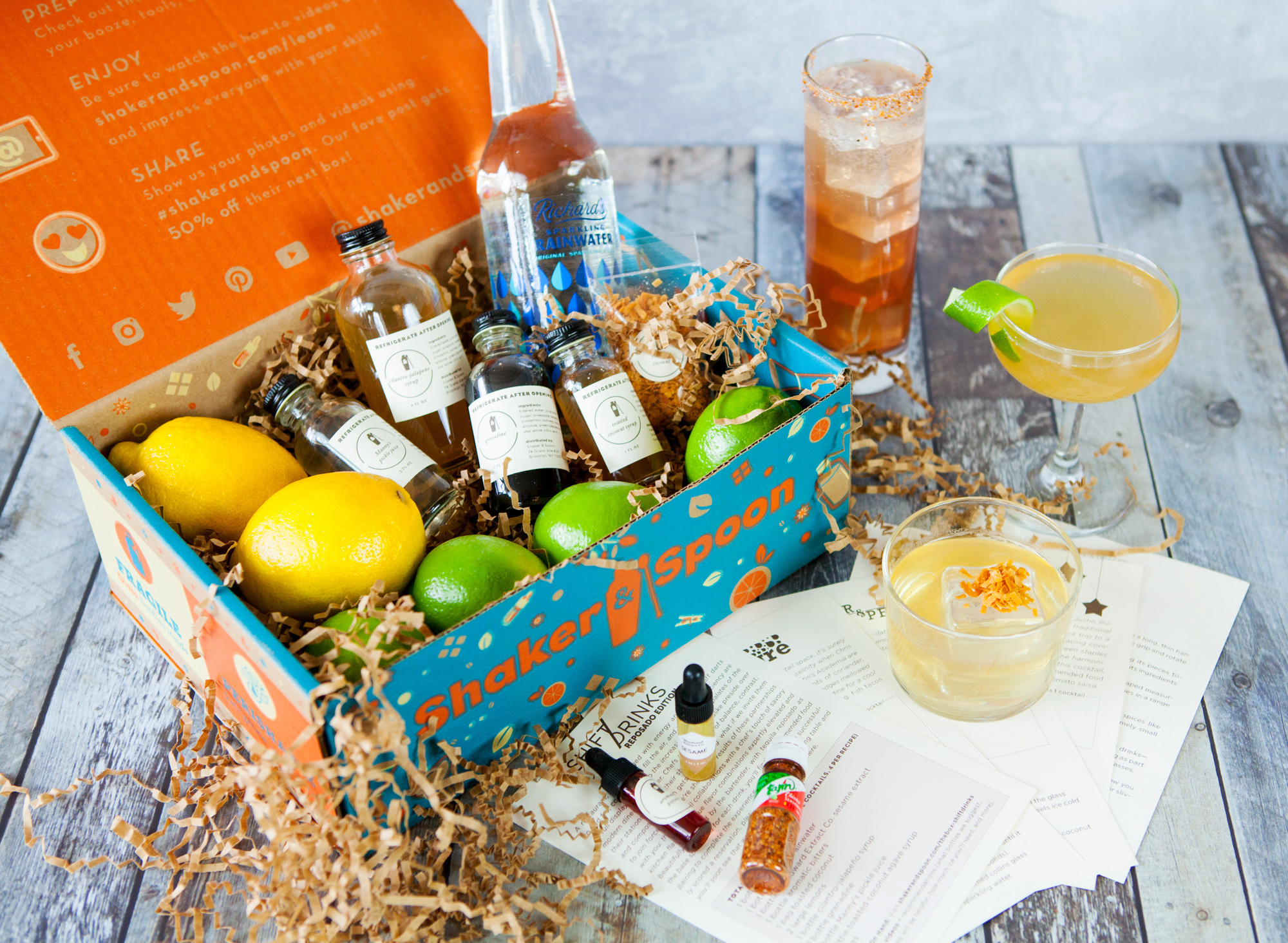 Shaker & Spoon Cocktail Box