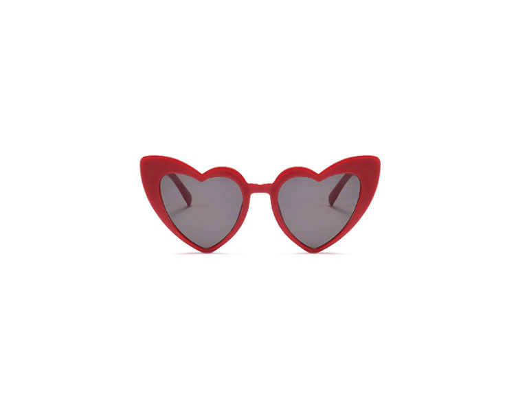 Feisedy Vintage-Style Heart Shaped Sunglasses