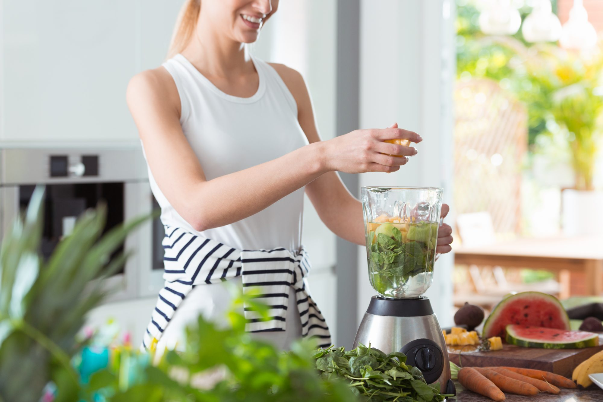 When to Use a Blender vs. When to Use a Food Processor