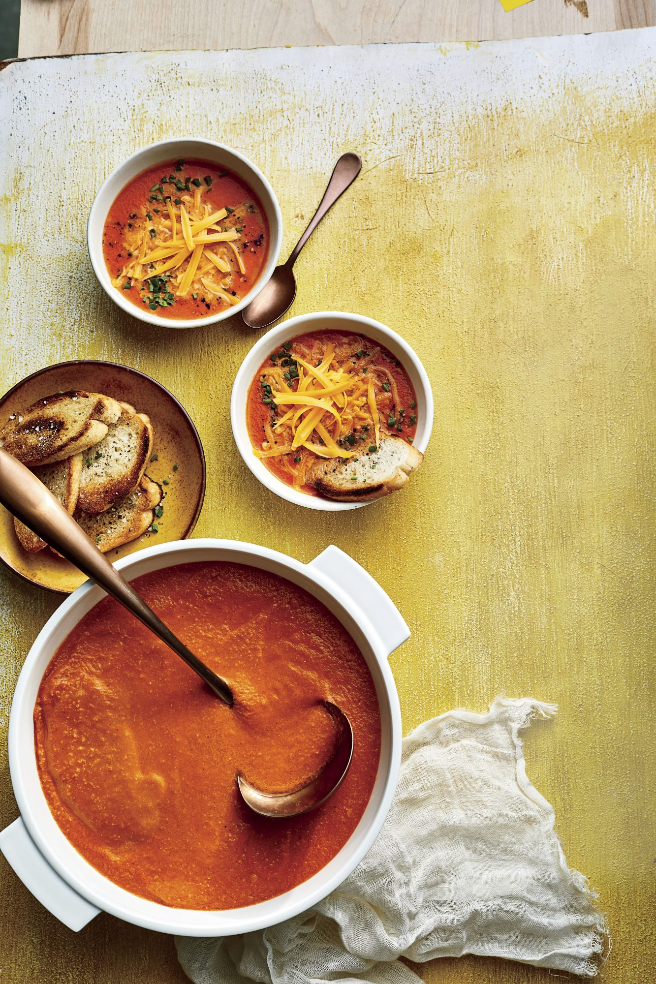 Roasted Tomato-Cheddar Soup