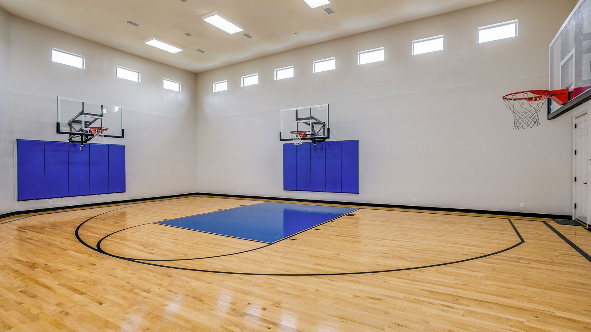3405 Rambling Way Plano Basketball Court