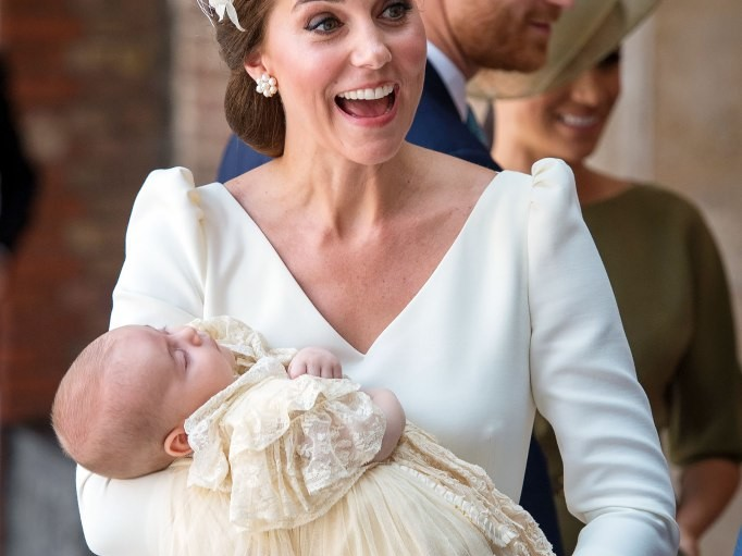 Royal Hand-Me-Down! Archie Will Wear Same Christening Robe as Cousins George, Charlotte and Louis louis-22