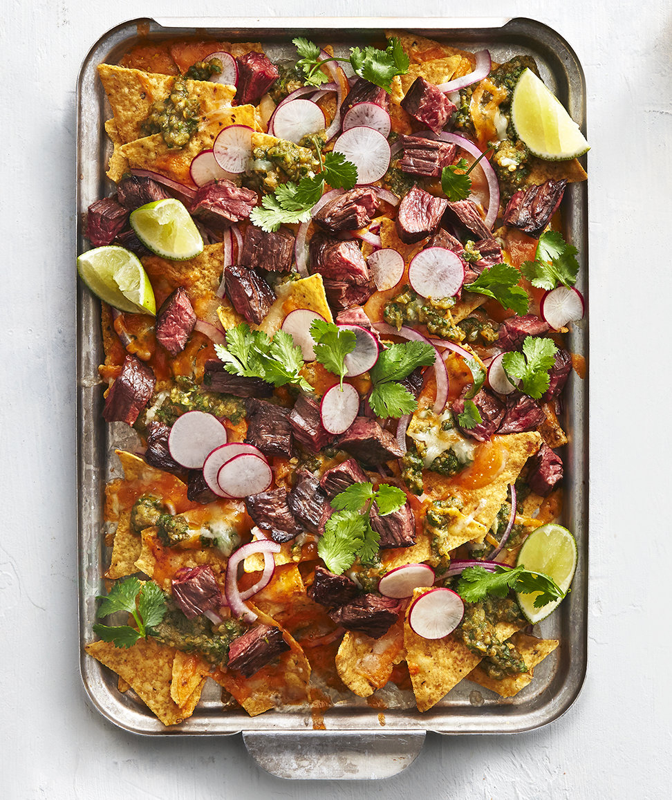 Green Chile Steak Nachos