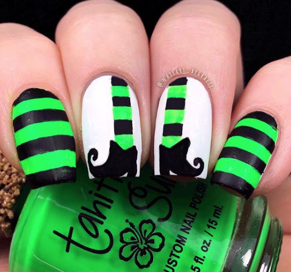RX_1908_Halloween Nails_Neon Stripes