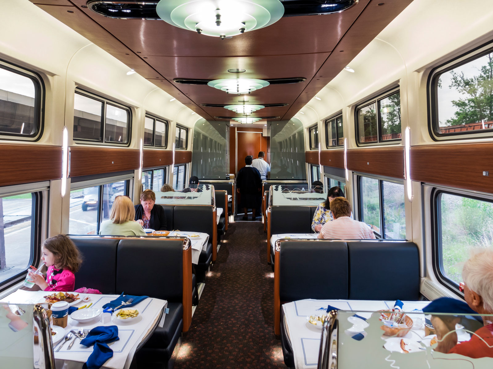 Amtrak to Phase Out Traditional Dining Cars