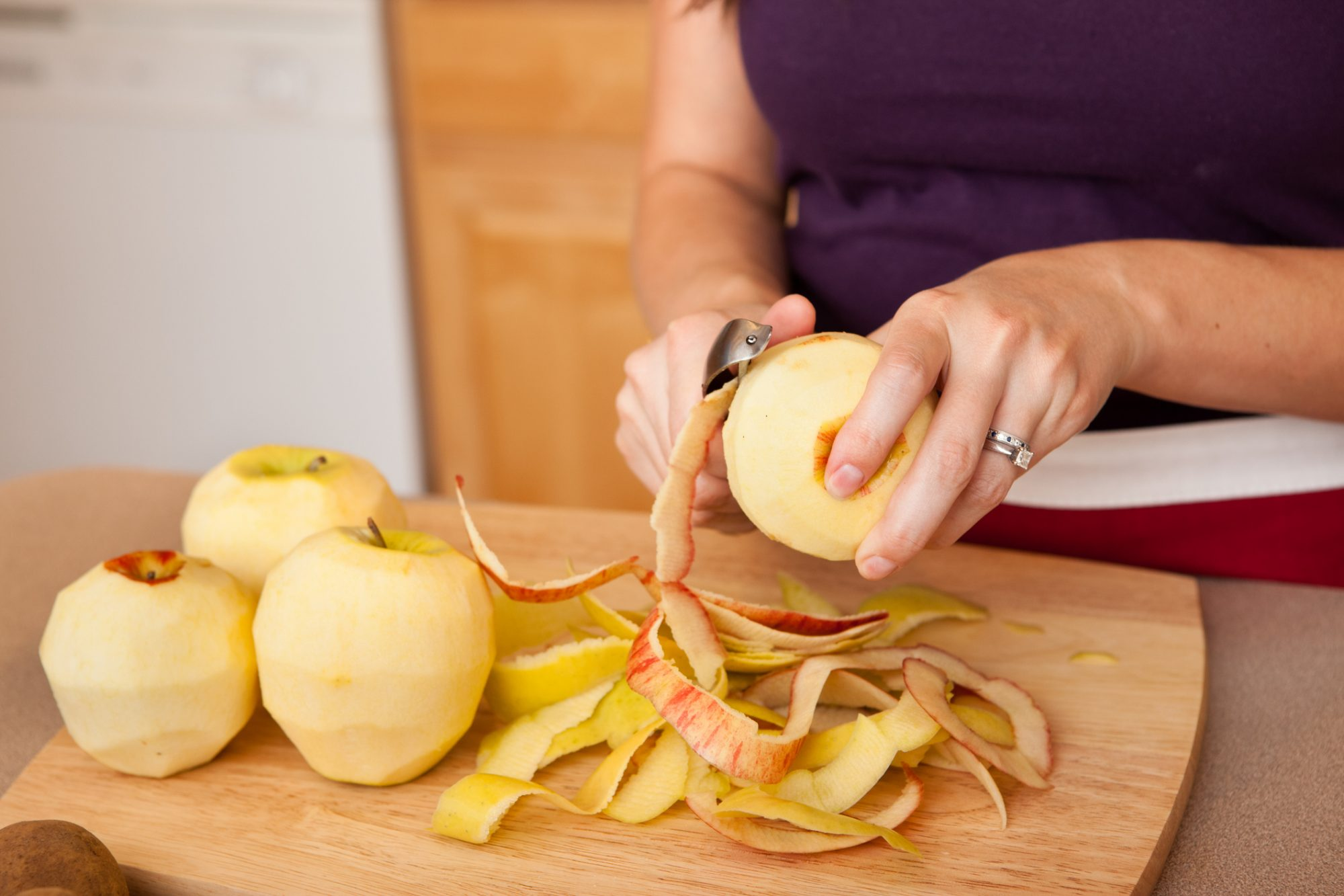 How to Peel Apples for Cooking and Baking