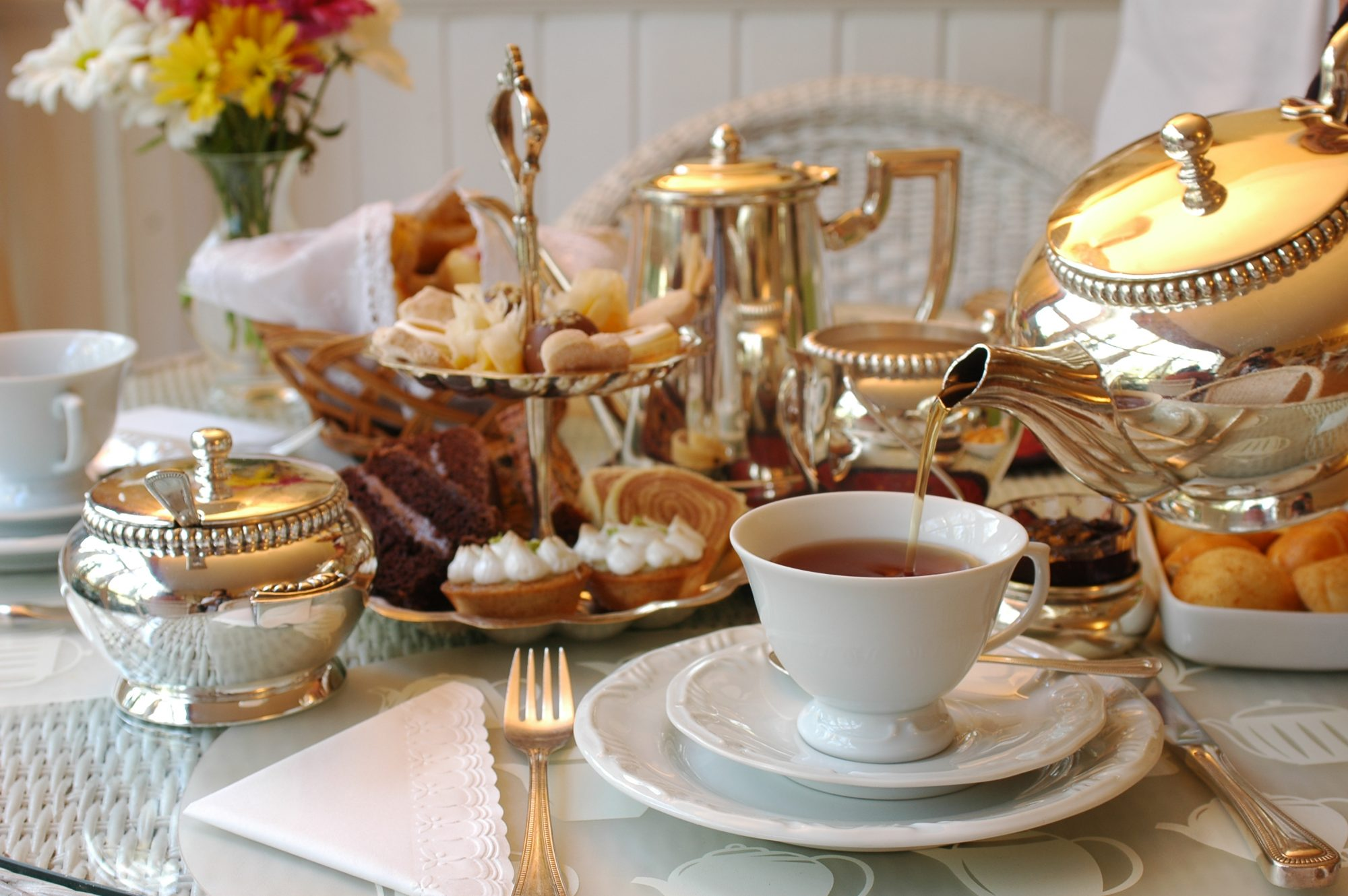 High Tea vs. Afternoon Tea Service