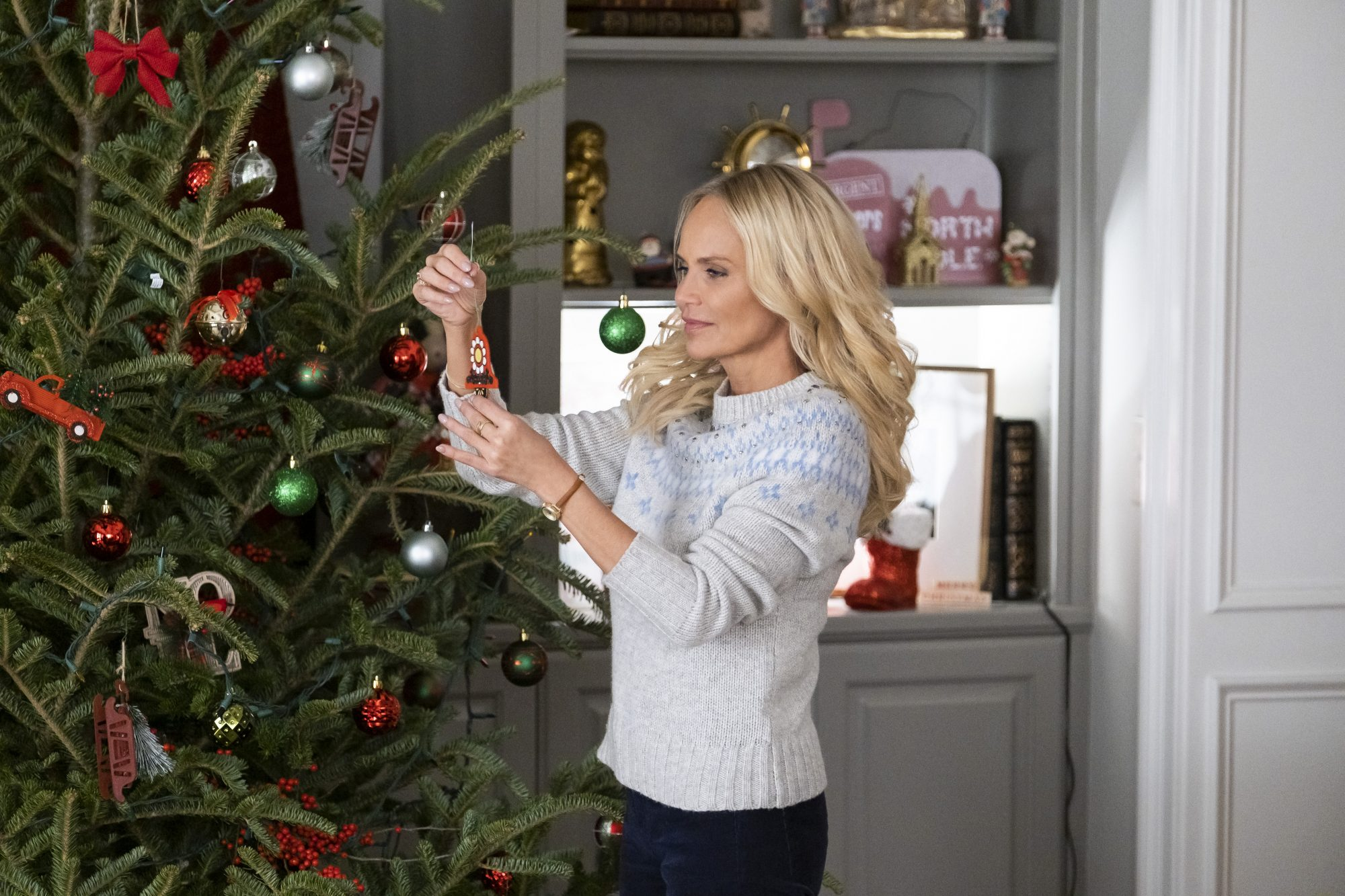 Alert: The Entire Schedule of New Hallmark Christmas Movies is Out Today