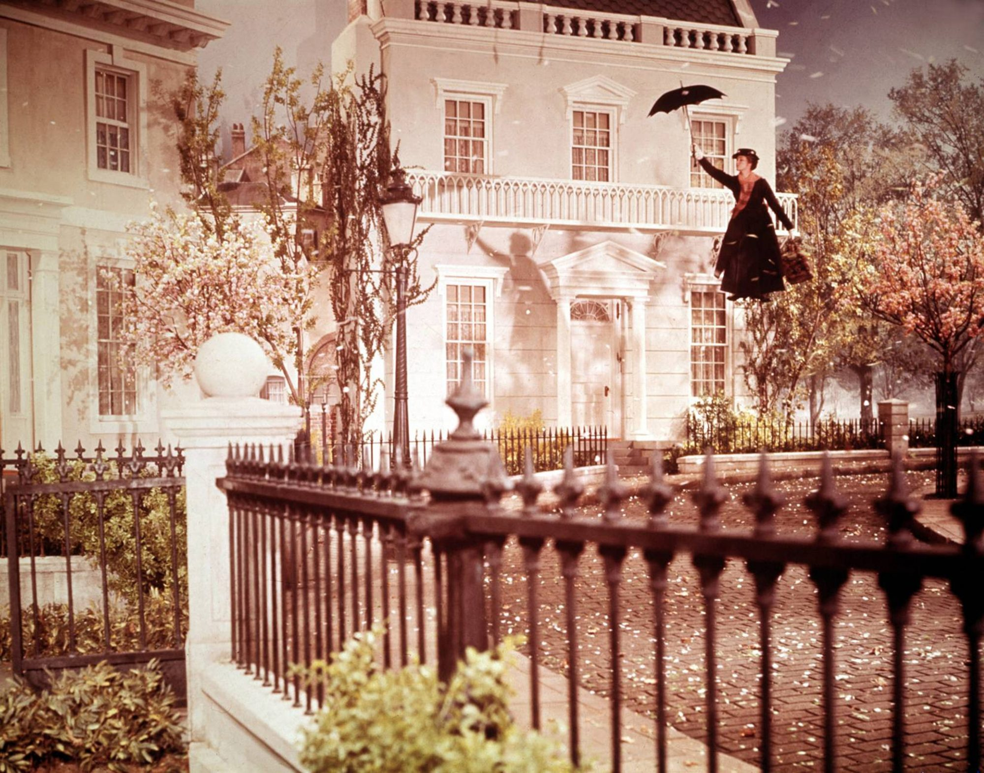Julie Andrews on What It Was Really Like Filming Flying Scenes for Mary Poppins
