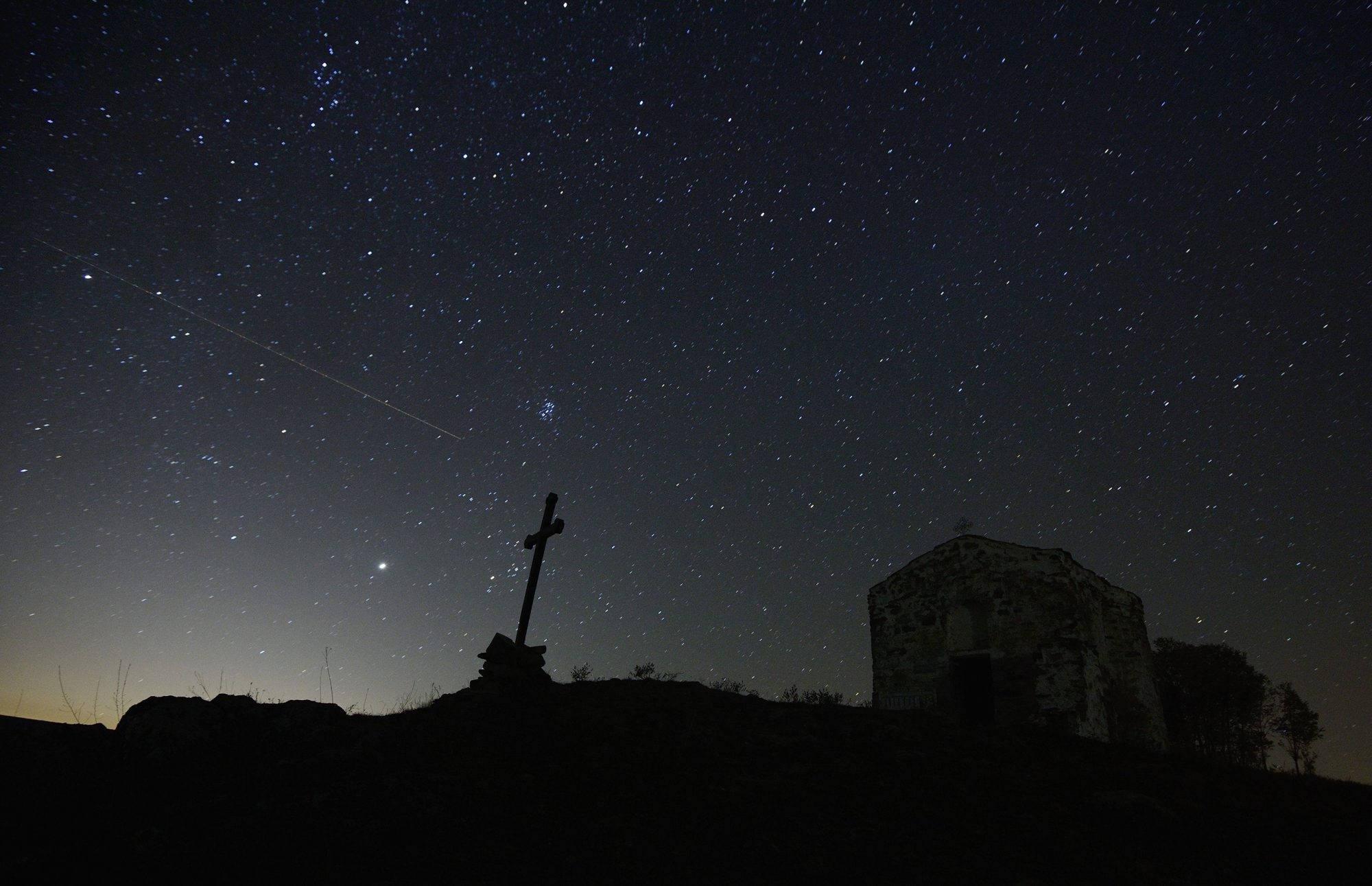 A Major Meteor Shower Will Be Visible in the U.S. Tonight — Here's How to Get the Best View