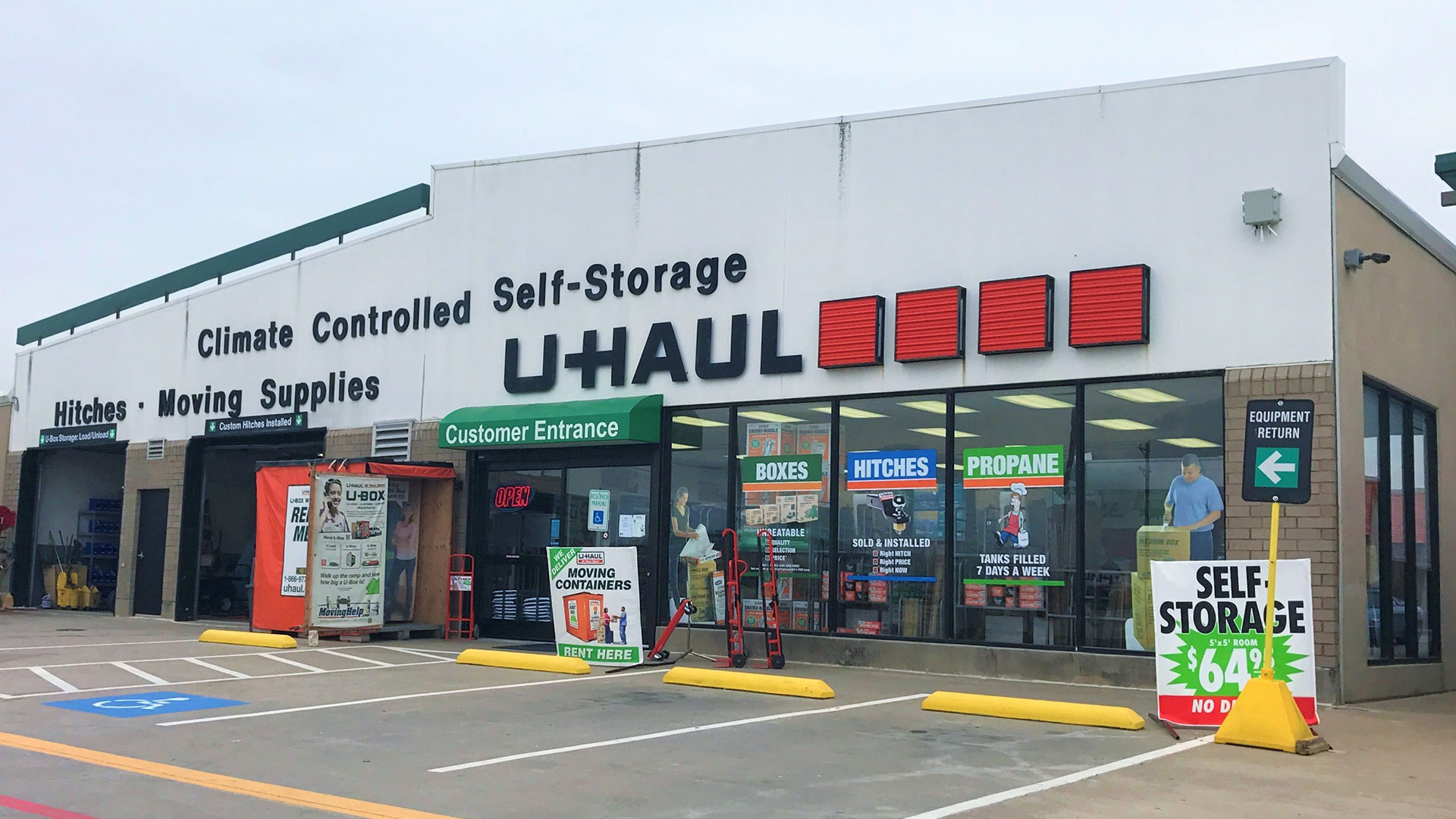 U-Haul Offers 30 Days of Free Self-Storage to Victims of Dallas Tornado