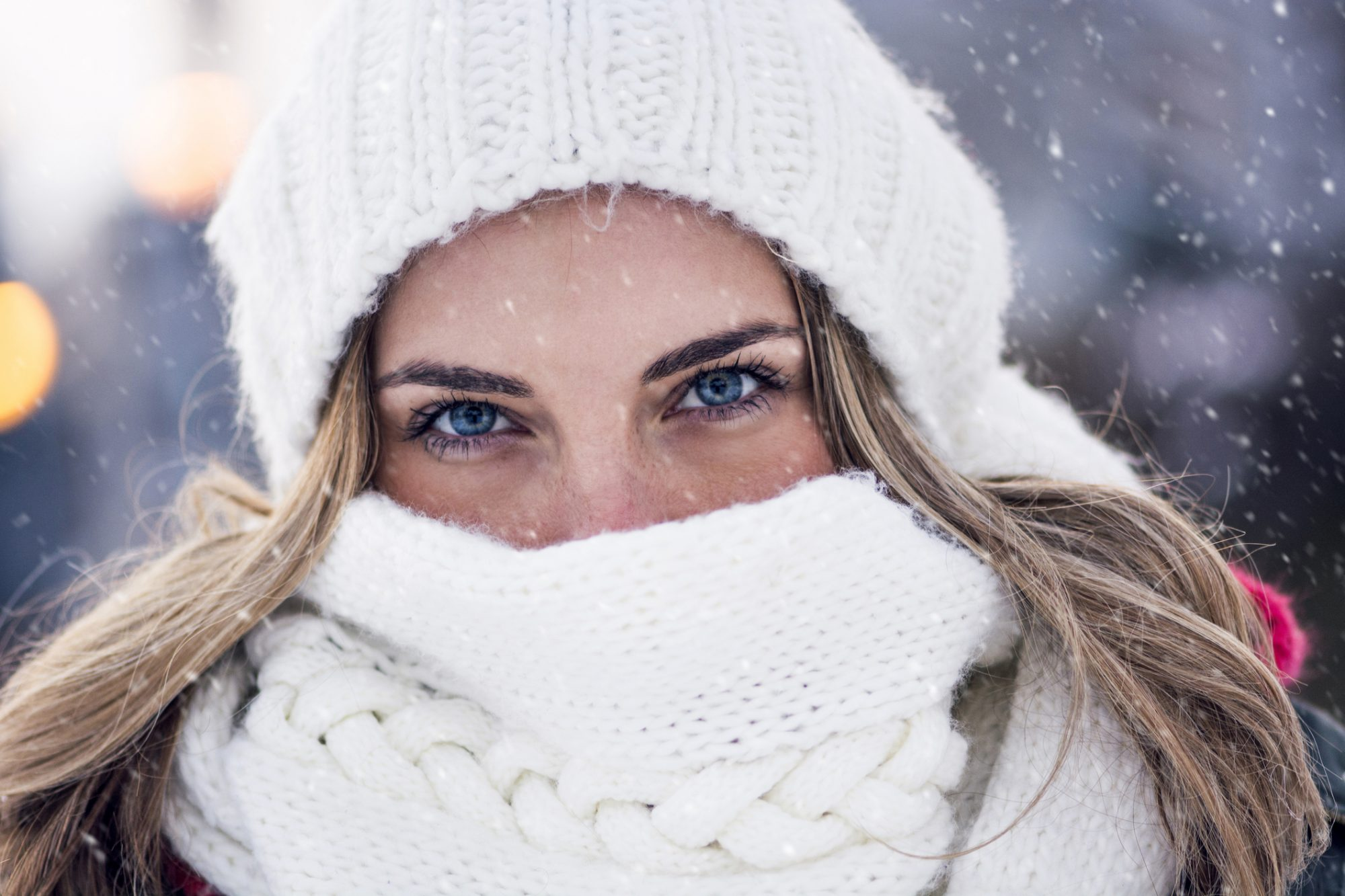 10 Winter Beauty Mistakes That Are Sneakily Sabotaging Your Skin