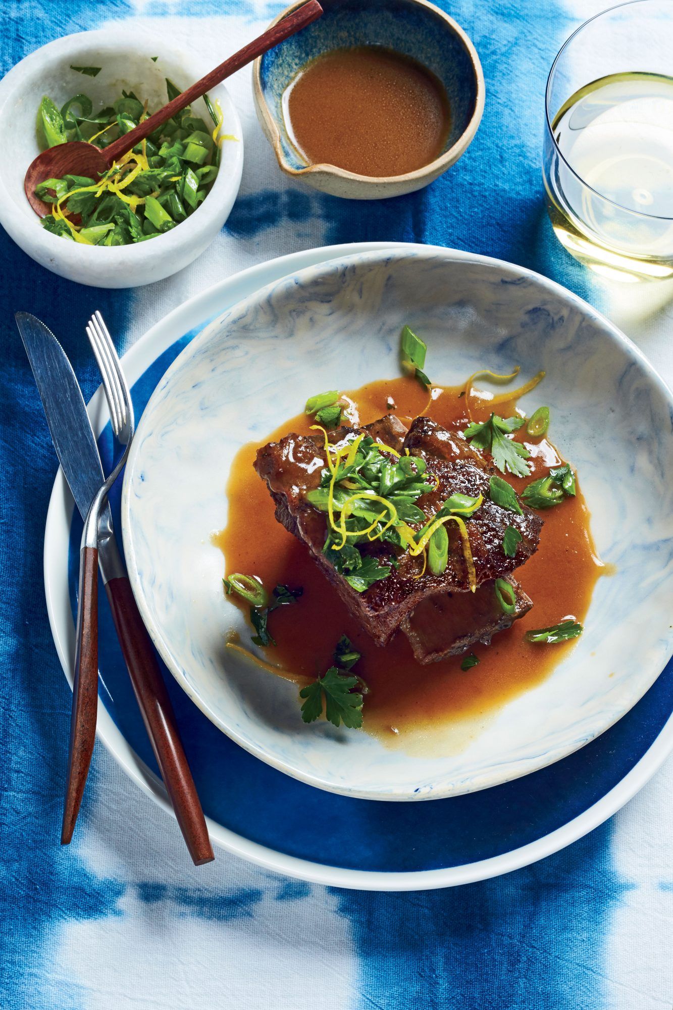 Slow-Cooker Ginger, Sweet Tea, and Whiskey Short Ribs