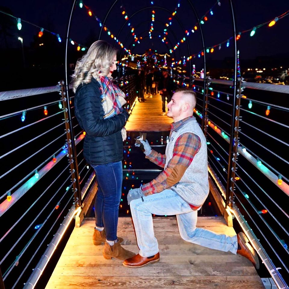 Couple Gets Engaged on Christmas Eve on Gatlinburg SkyBridge