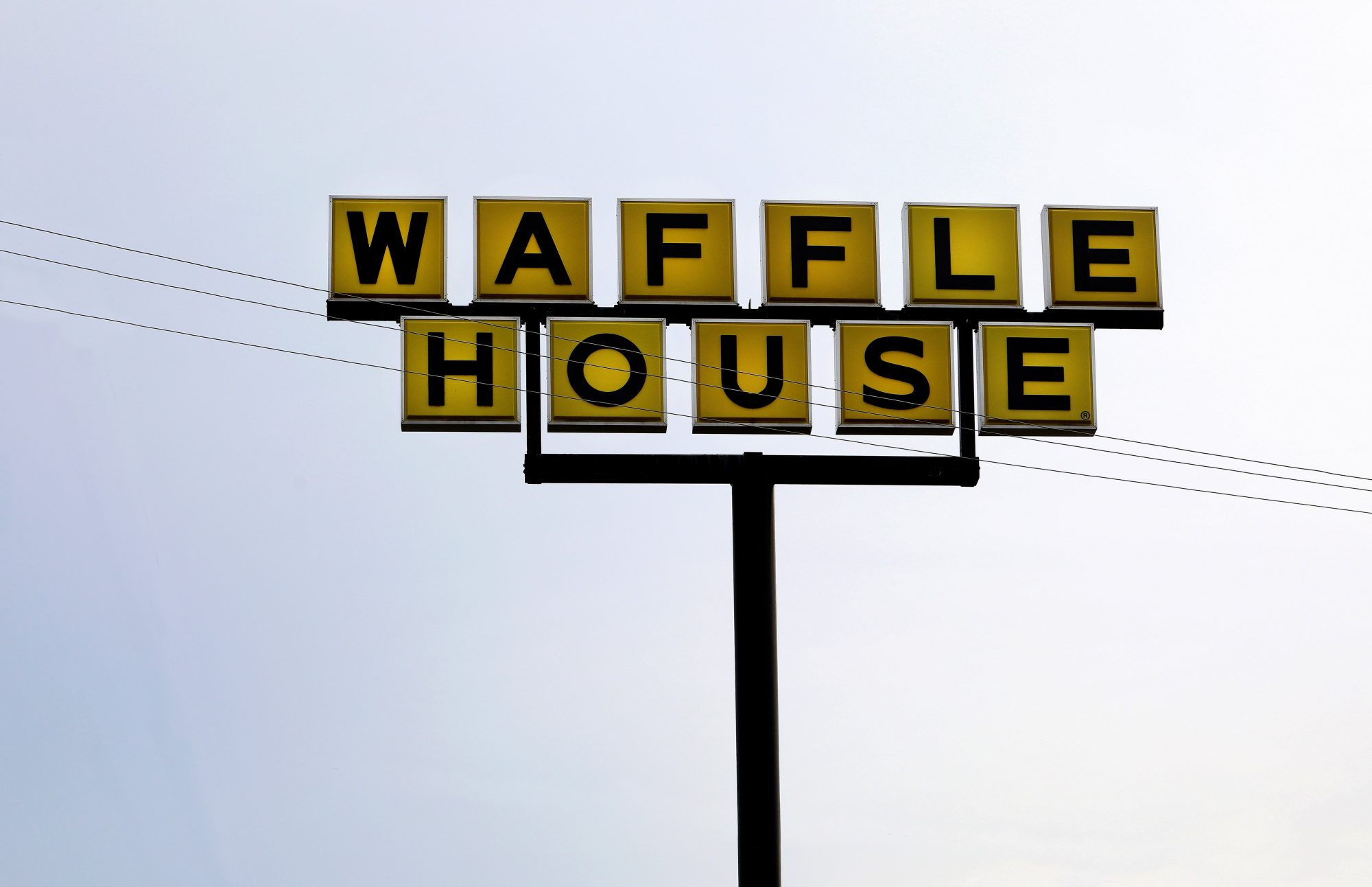 The Lights Are Off at the Charleston Waffle House Made Famous by Anthony Bourdain