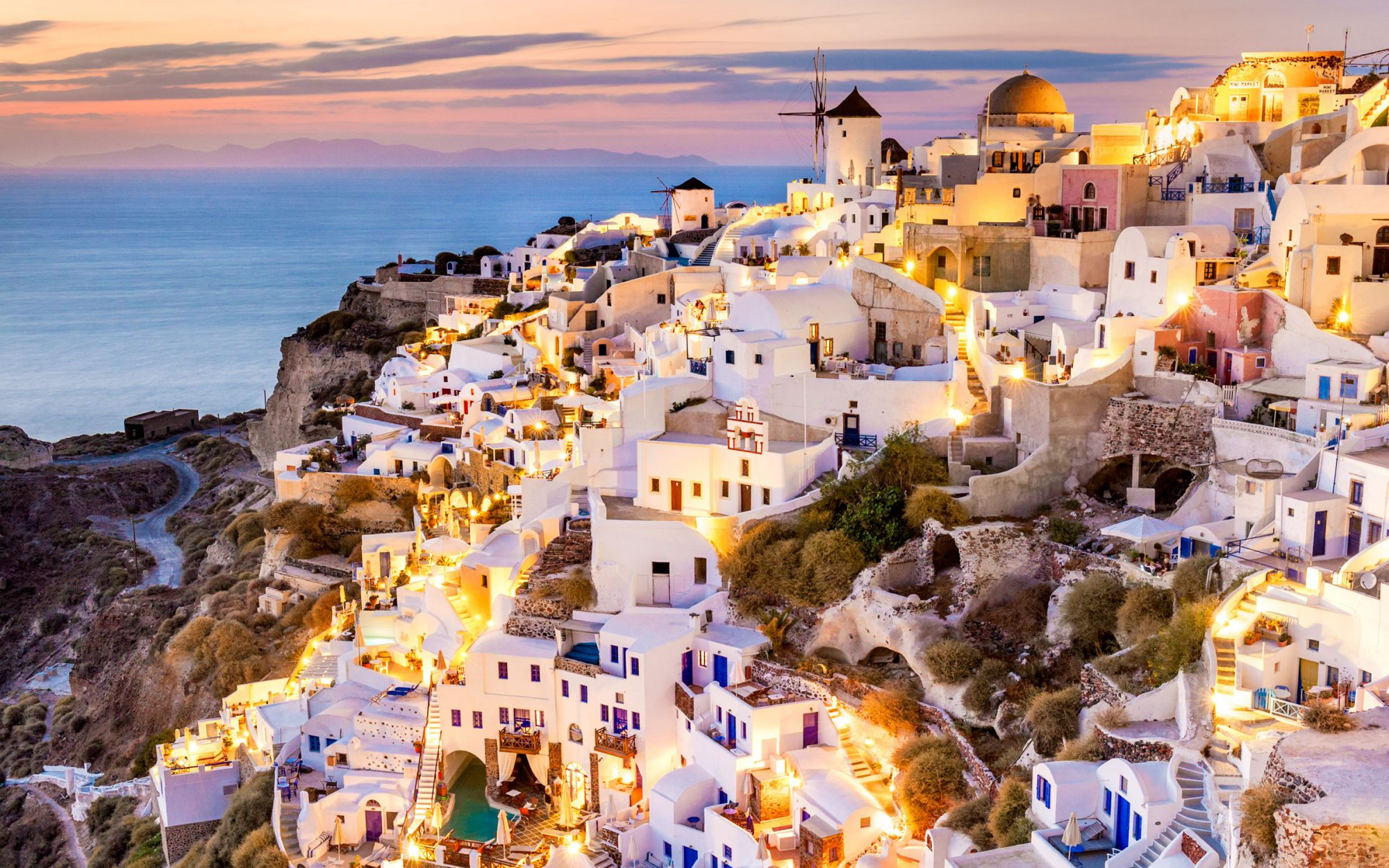 11 Stunning Photos of Sunsets in Santorini
