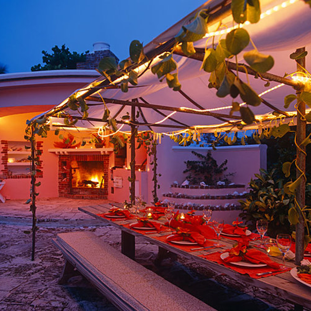 Best Romantic Restaurants in The Bahamas