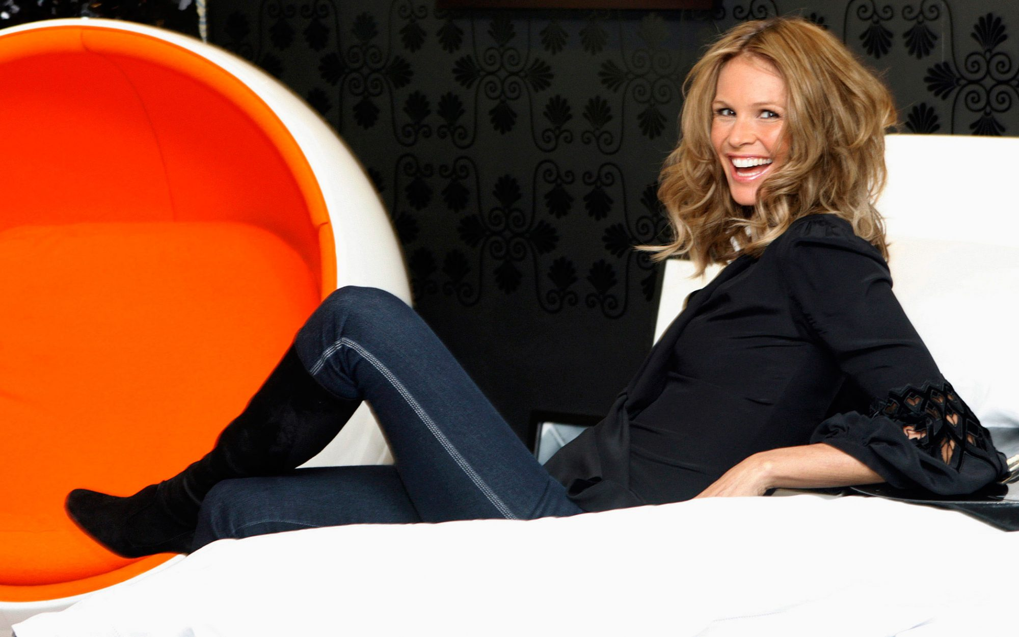 Talking Travel With: Elle Macpherson