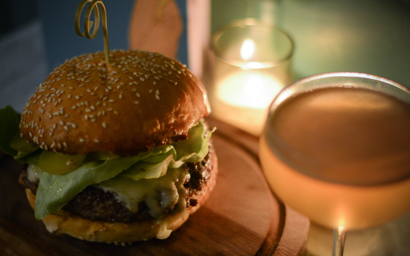 Cafe du Nord: Burger